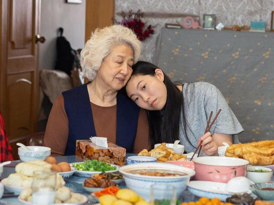 The Farewell review: Awkwafina is startling in a comedy of bracing honesty