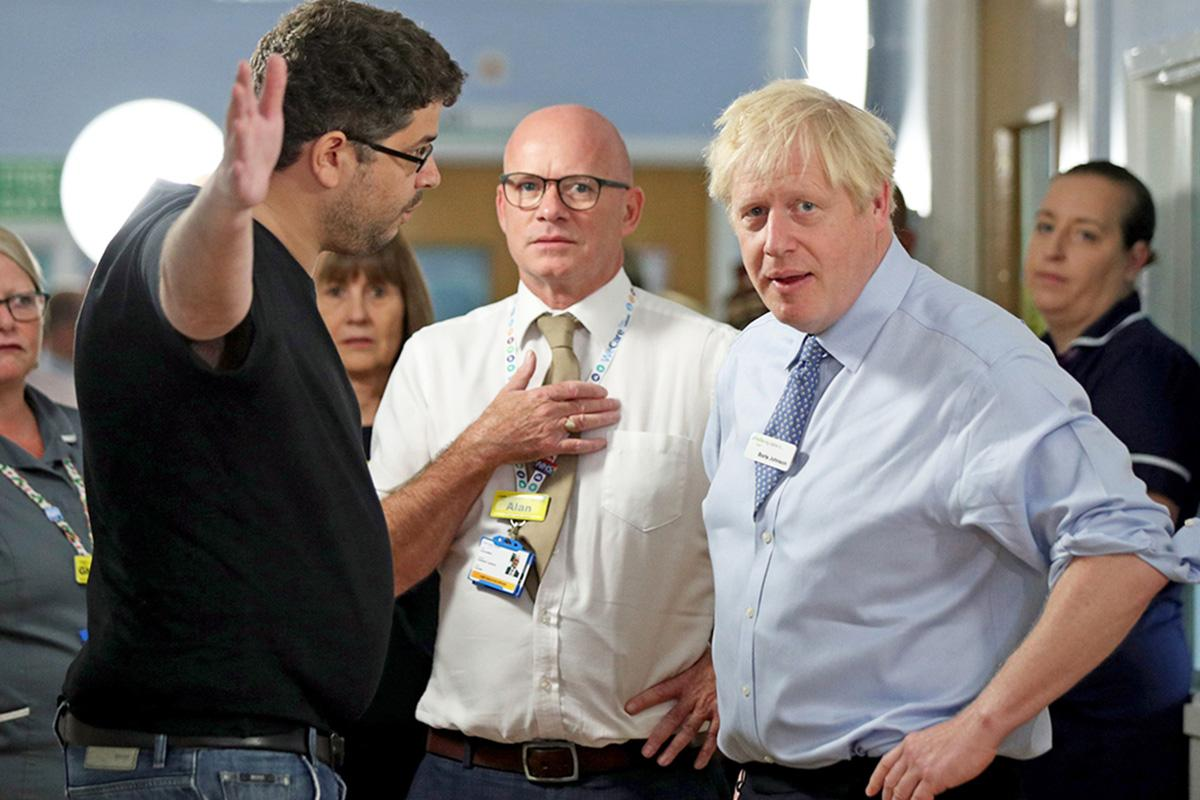 Boris Johnson supporters launch barrage of abuse at father who confr…