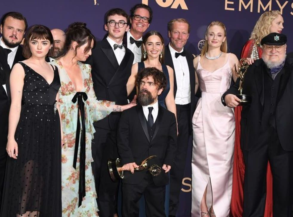 Peter Dinklage celebrates with the cast and crew