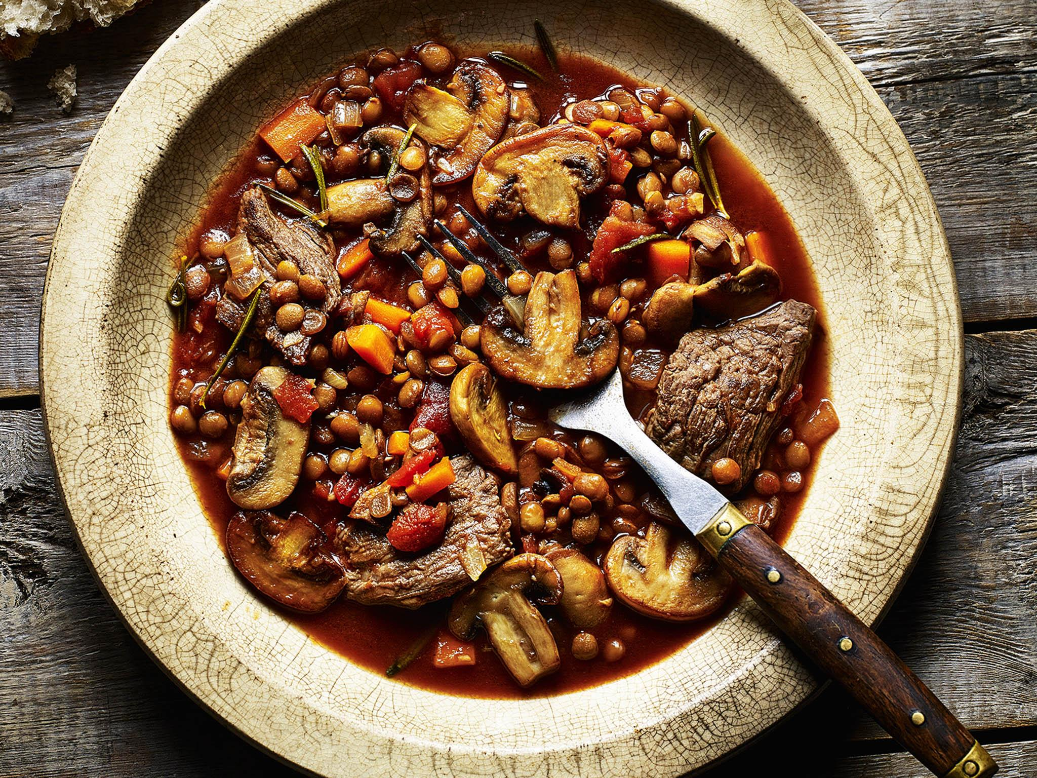 How to make lentil, beef and mushroom stew