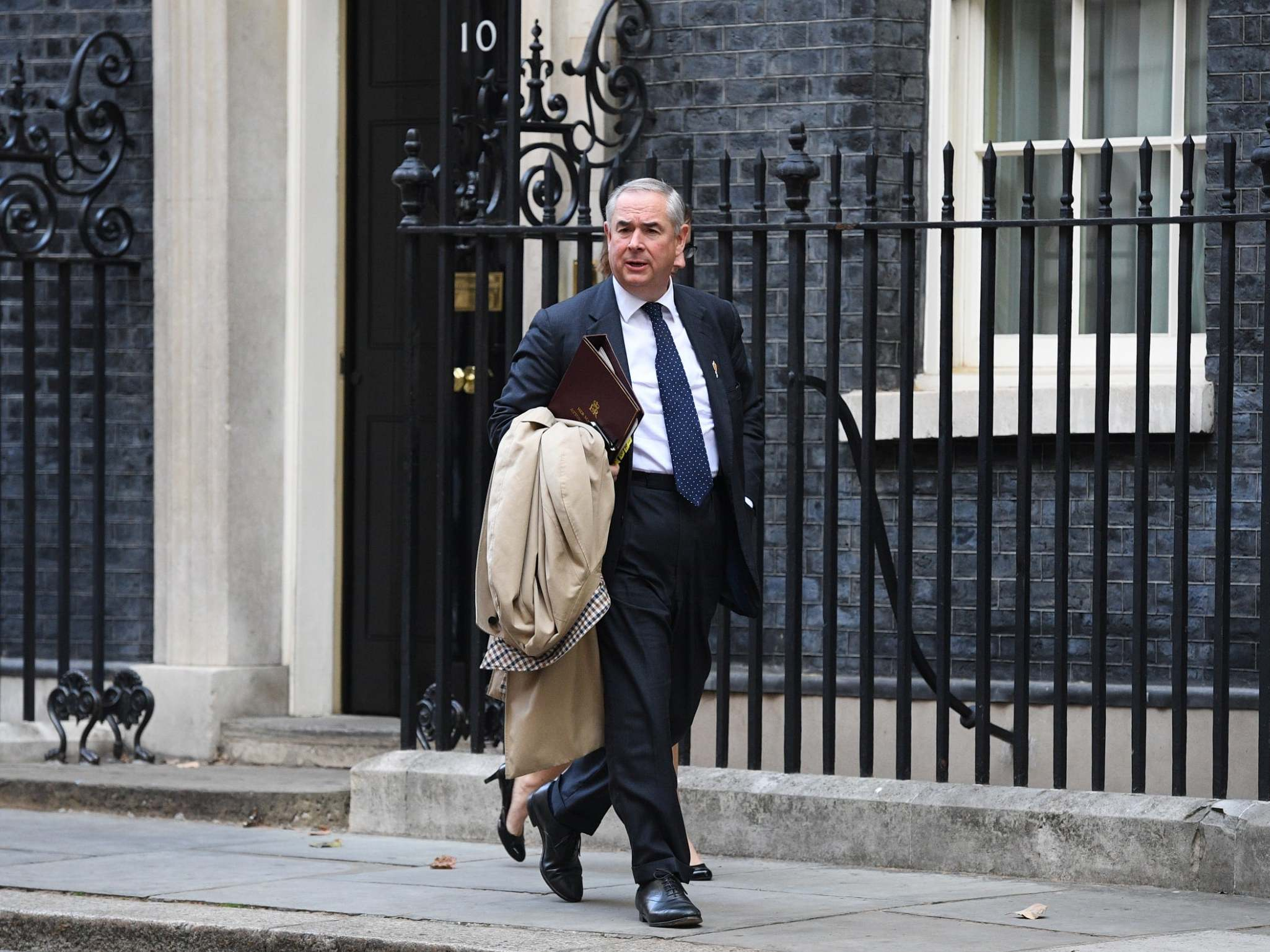 Geoffrey Cox's high amateur dramatics fail to cover up his towering professional failure