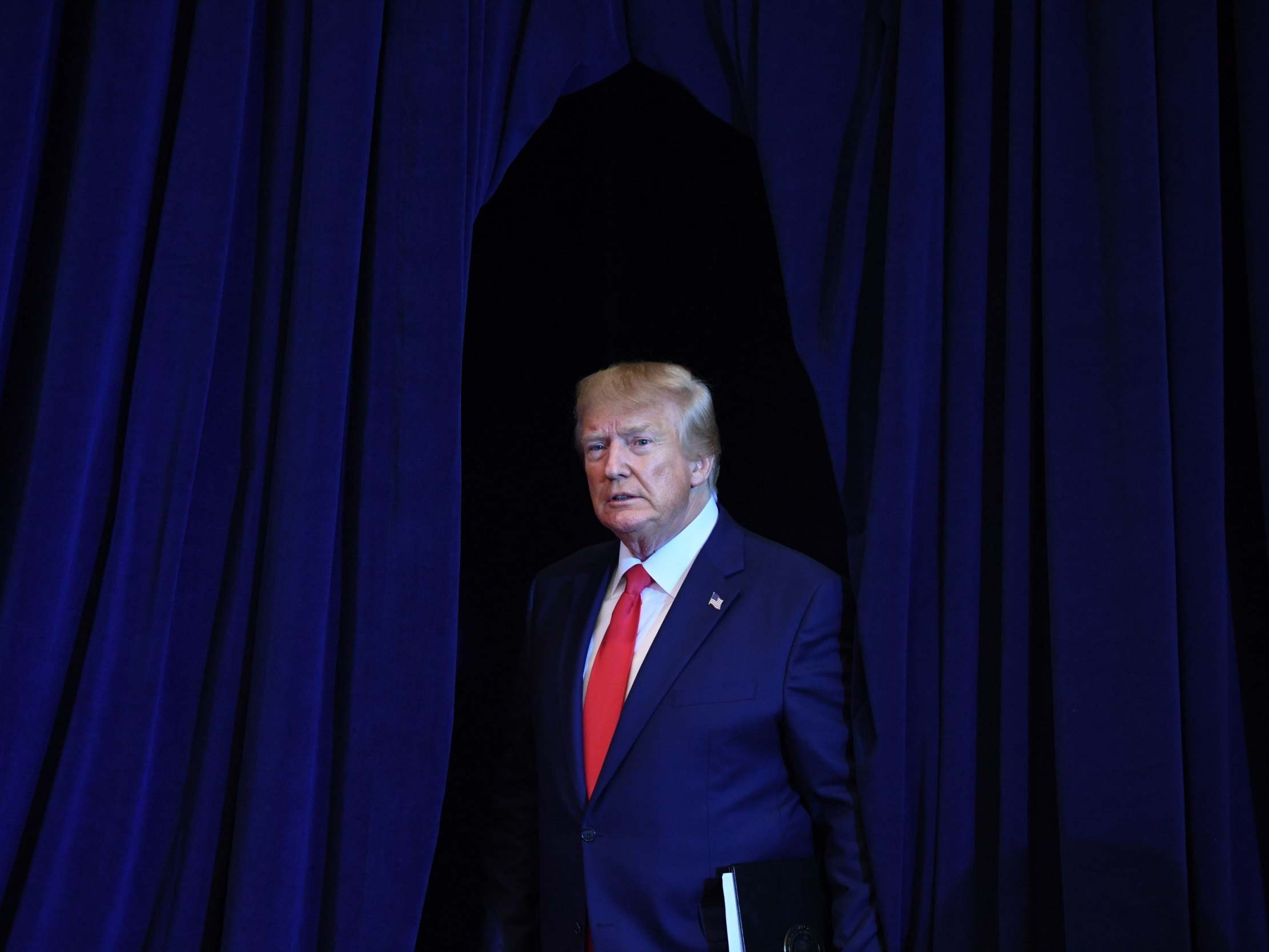 Trump news - live: 'Explosive' whistleblower complaint details emerge as president rages and impeachment drive intensifies