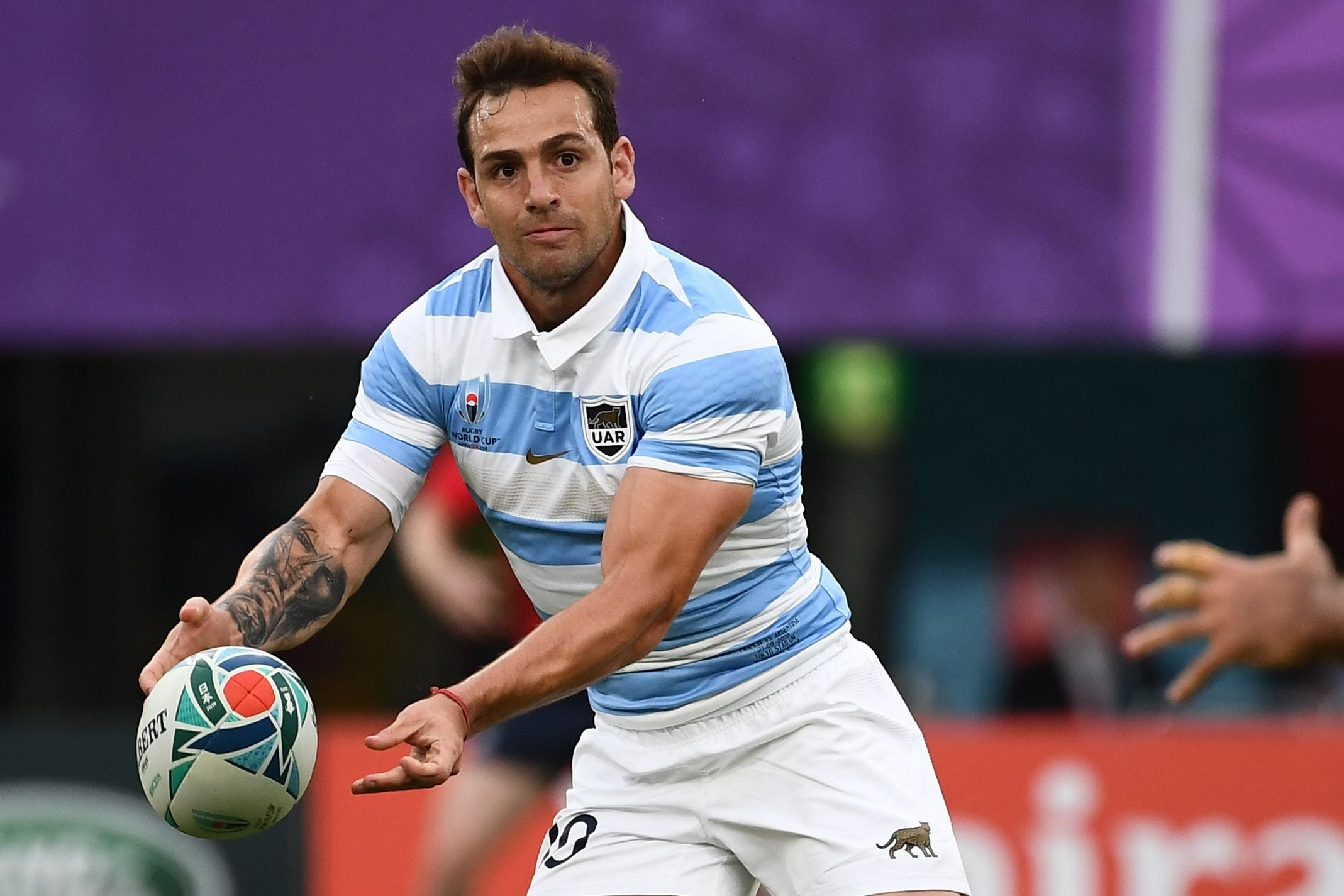 híbrido volumen Medio  England vs Argentina team news: Nicolas Sanchez dropped with Agustin Creevy  left on bench for Pumas | The Independent | The Independent