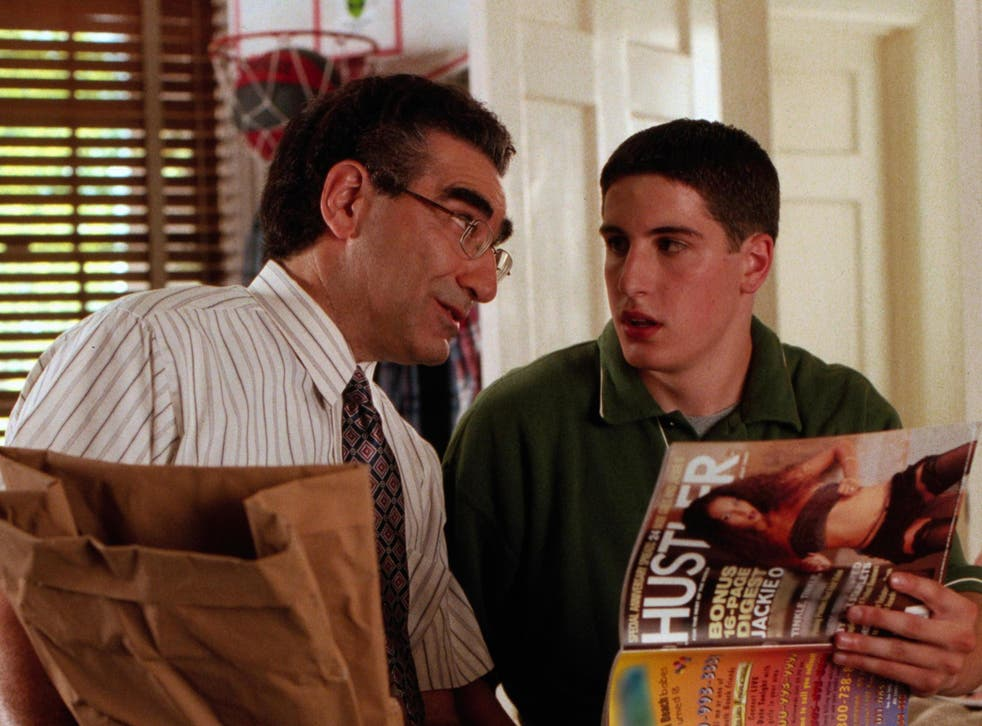 Pie-eyed: Jim (Jason Biggs, right) gets some helpful advice from dad Noah (Eugene Levy)