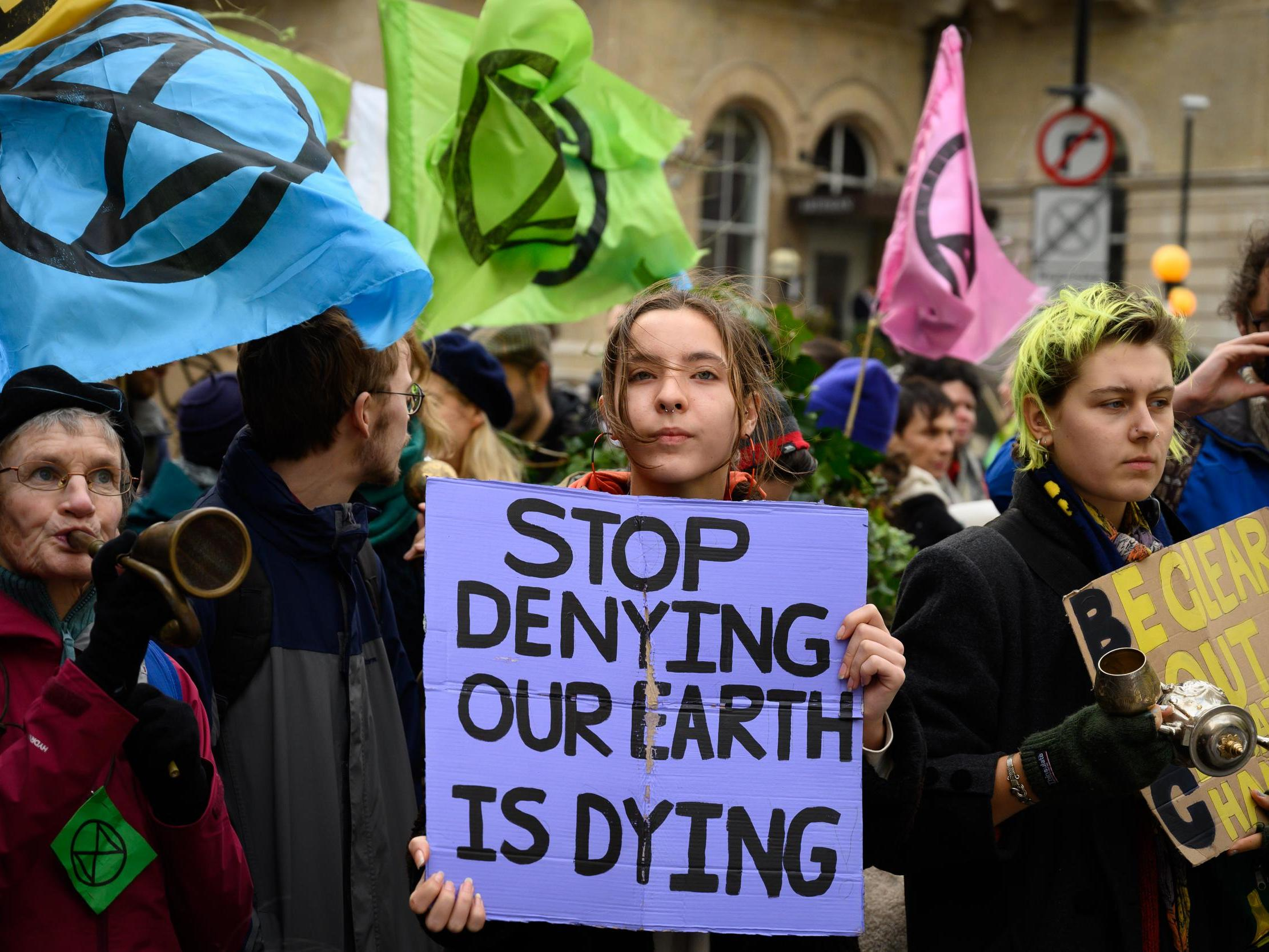 Extinction Rebellion: Who are the climate activist group bringing cities to  a standstill and what are their aims?