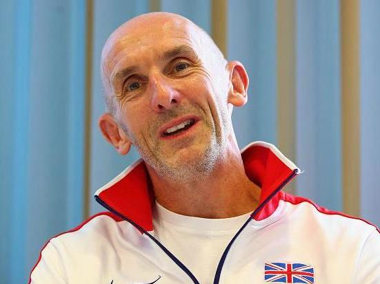 Neil Black to leave role as UK Athletics performance director after Alberto Salazar's doping ban