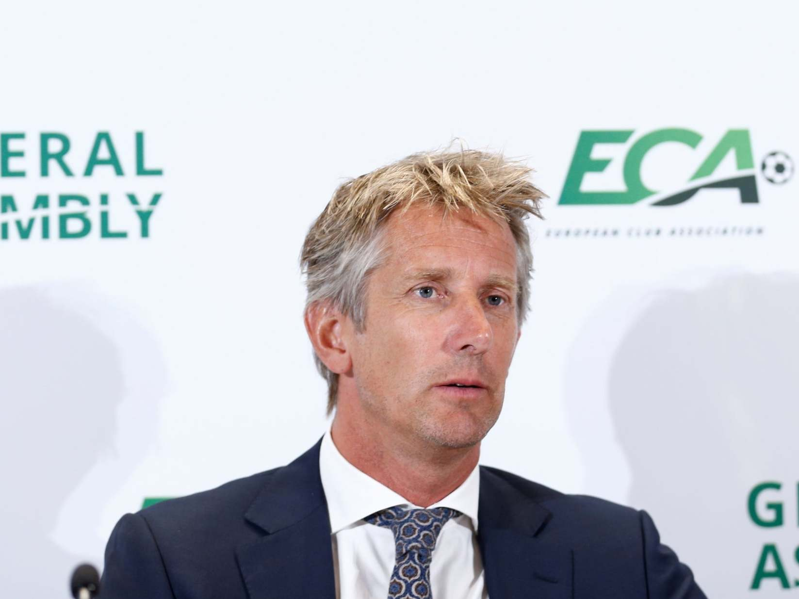 Manchester United news: Edwin Van der Sar 'interested' in role at Old Trafford