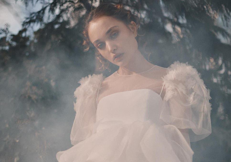 Long Sleeves Wedding Dress Wedding Gown Lace Wedding Dress