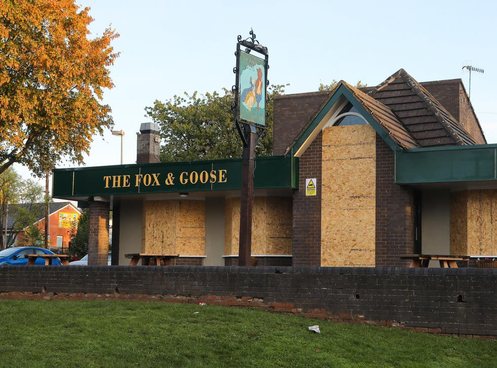 The Fox and Goose pub in Droitwich has been closed after just seven weeks