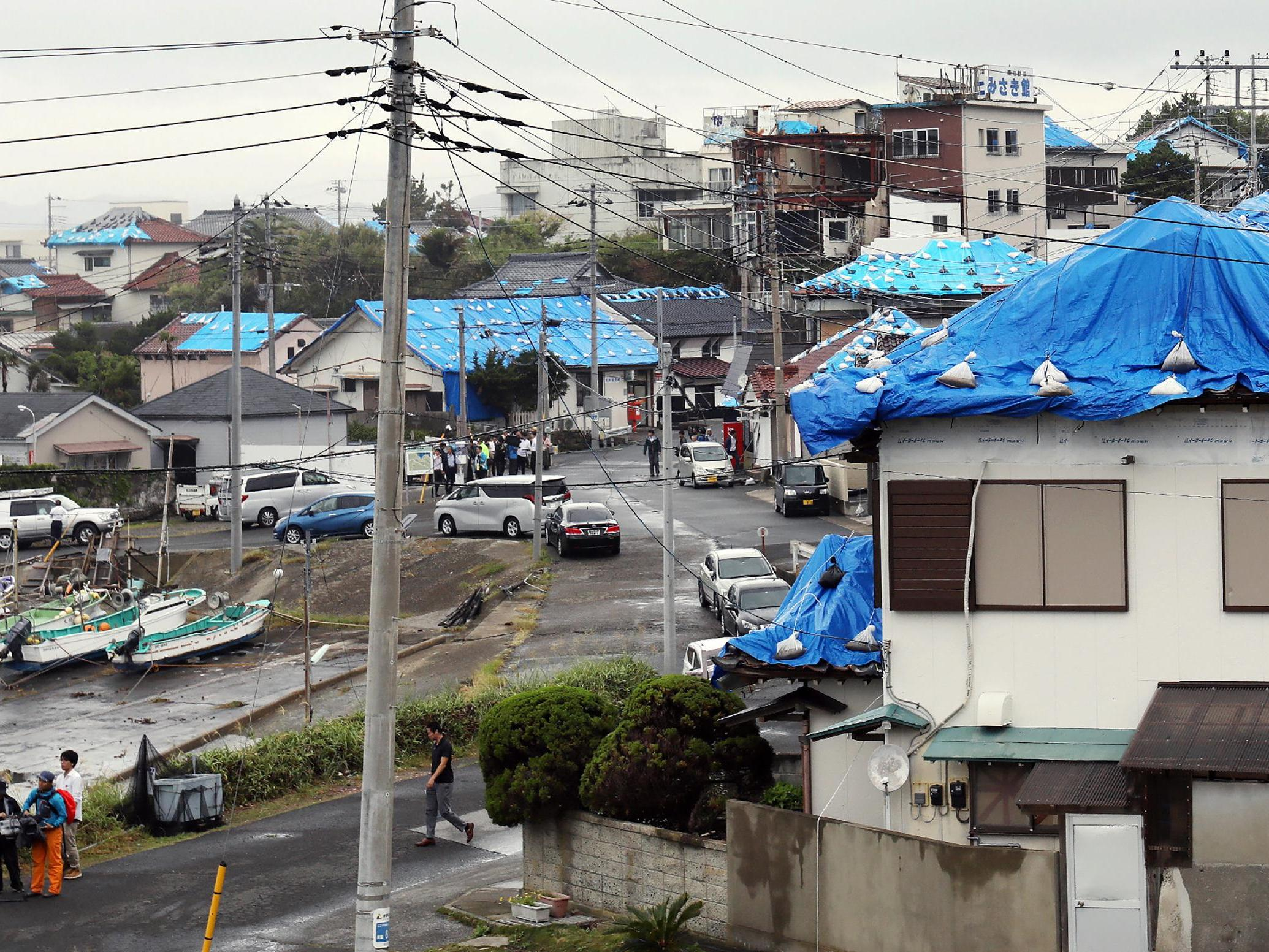 Typhoon Hagibis latest: Evacuations ordered and buildings damaged as storm closes in on Japan
