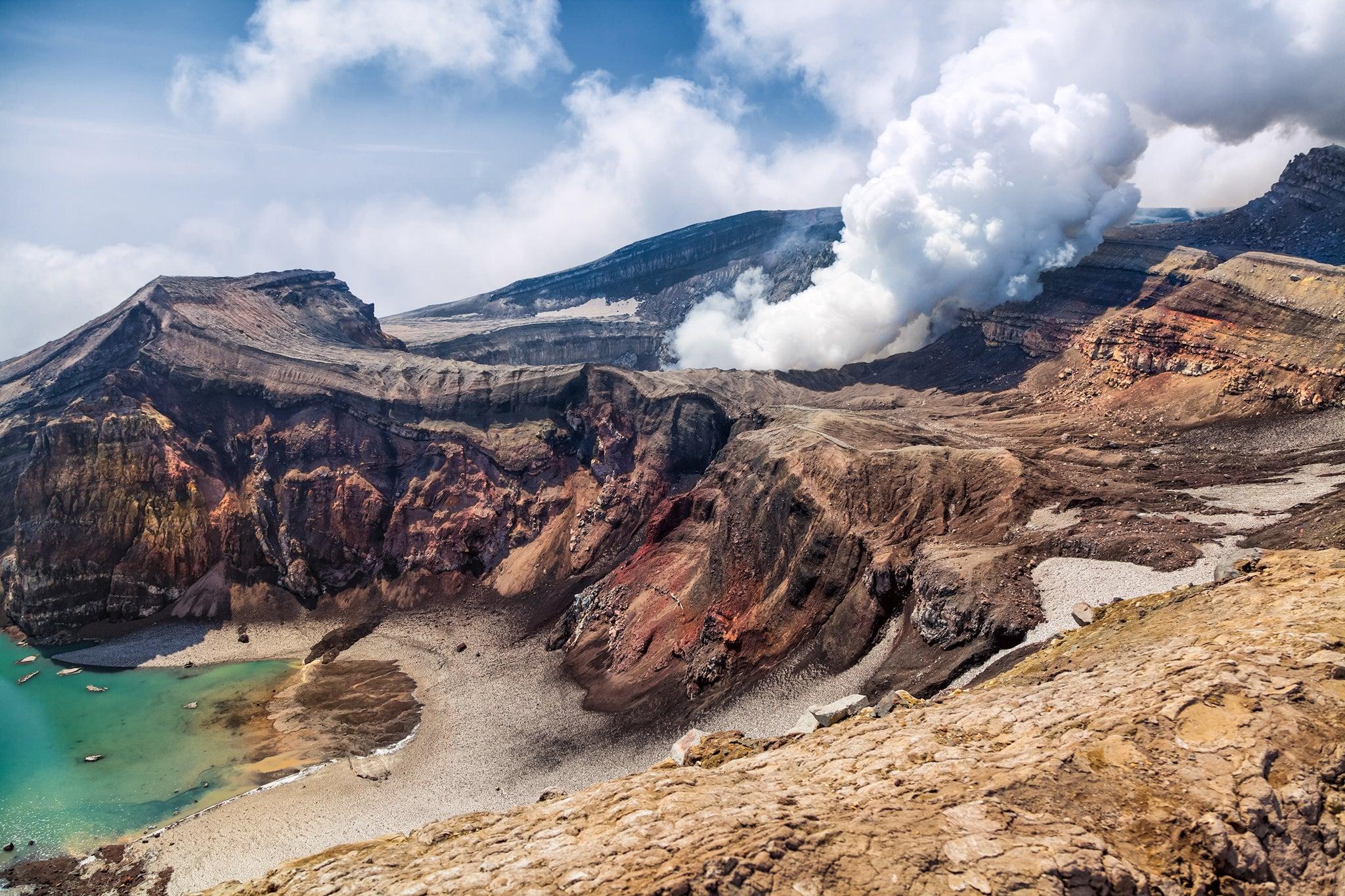 Russia S Kamchatka Peninsula A Majestic Land Of Volcanoes
