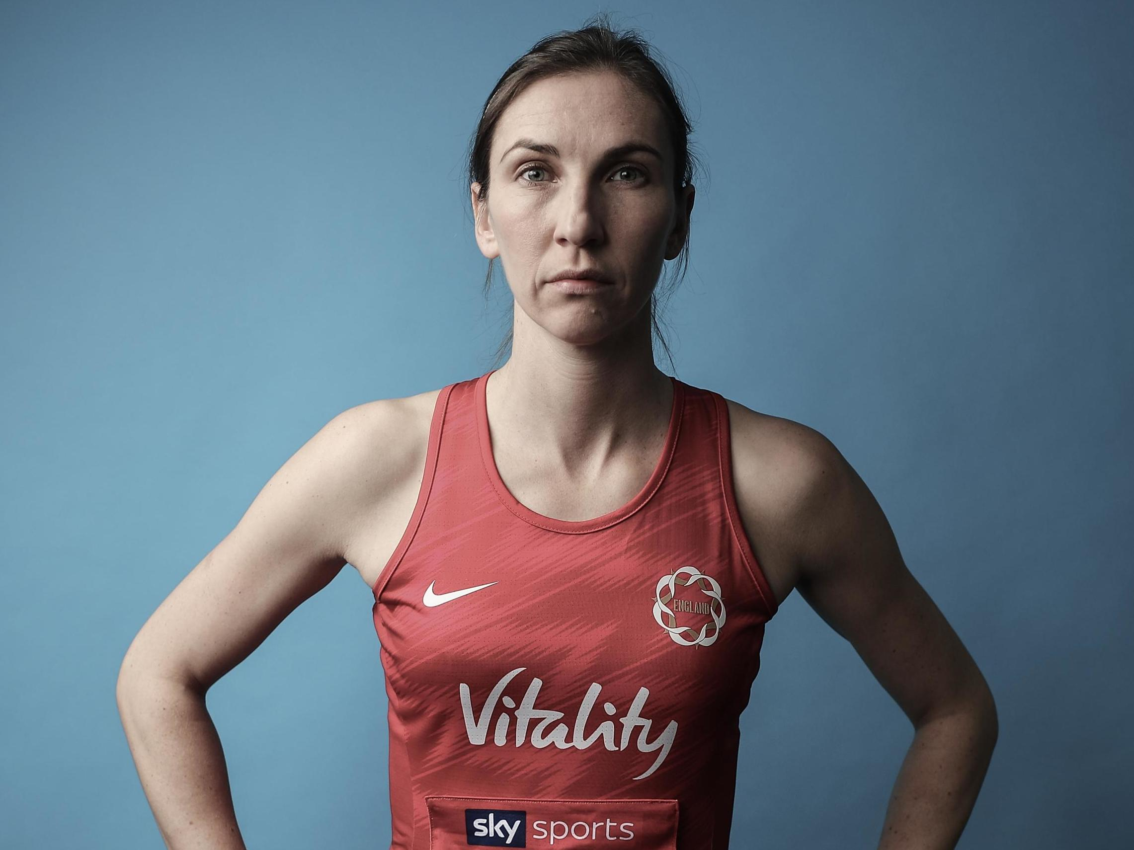 How England's Rachel Dunn balances her elite netball career with her day job in an NHS laboratory