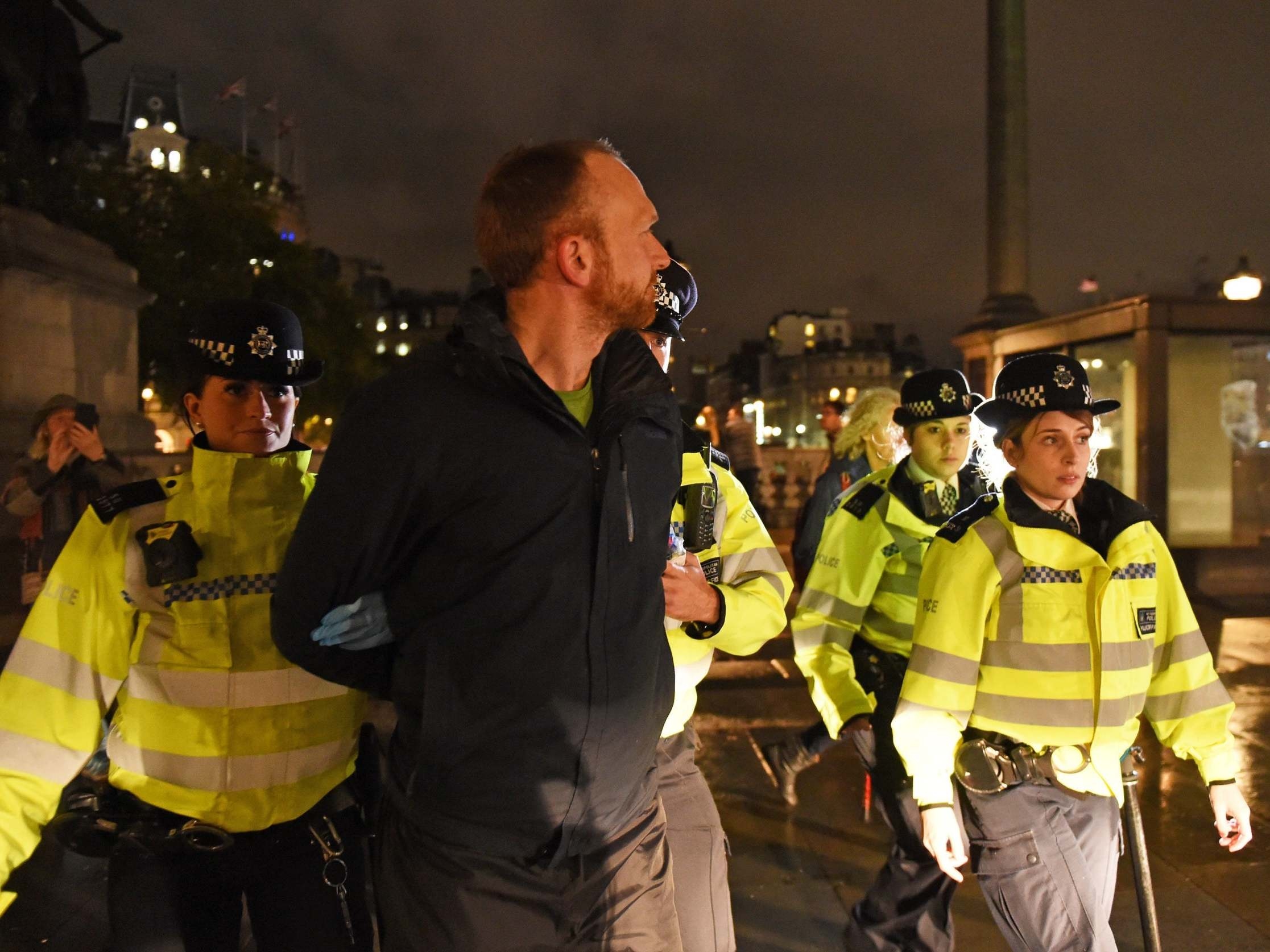 Extinction Rebellion protesters banned from London by police after 'disrupting' City workers