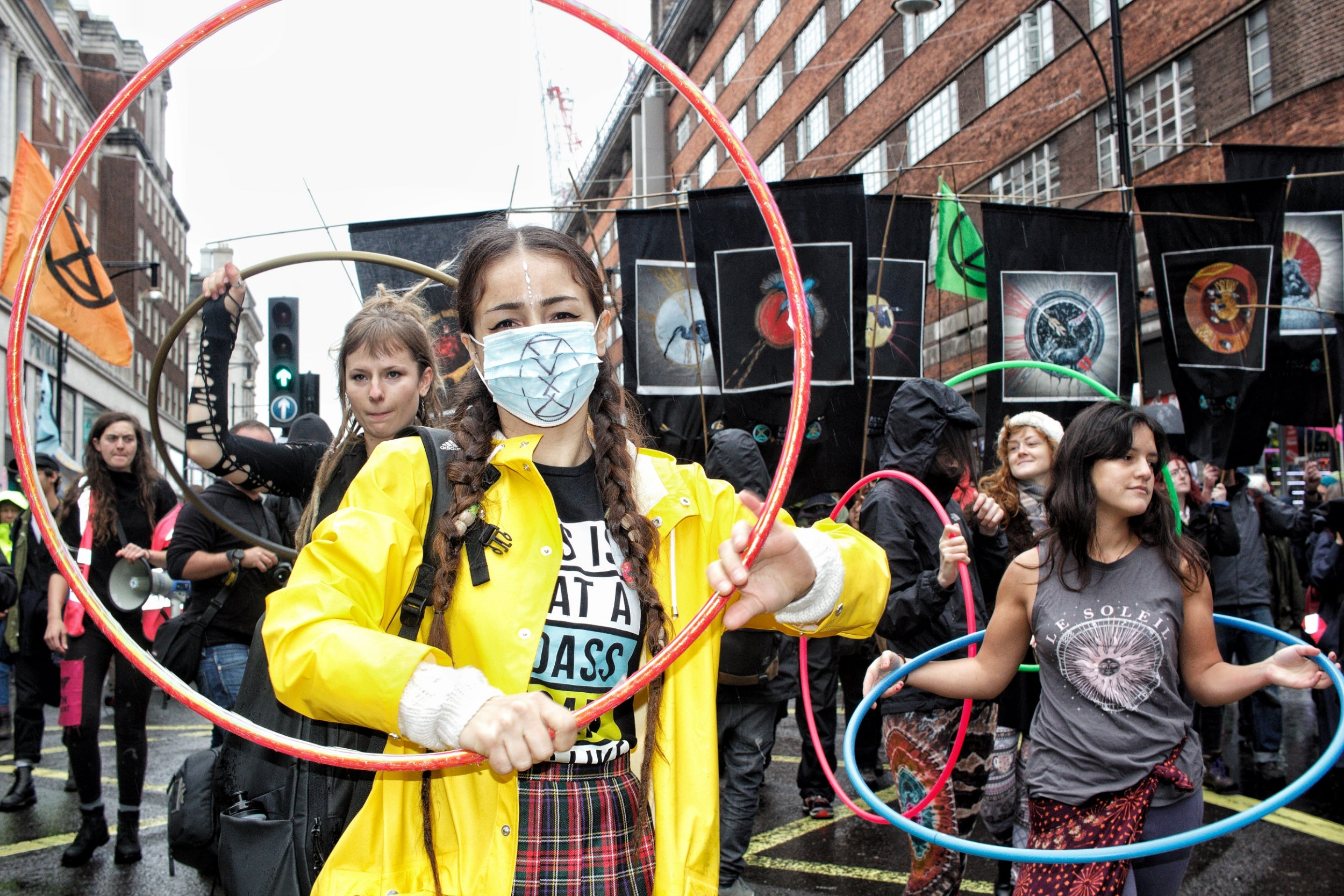 Extinction Rebellion's hapless stance on class and race is a depressing block to its climate justice goal