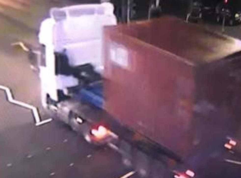 Police want to trace this cab carrying a red container photographed around the time the thieves struck