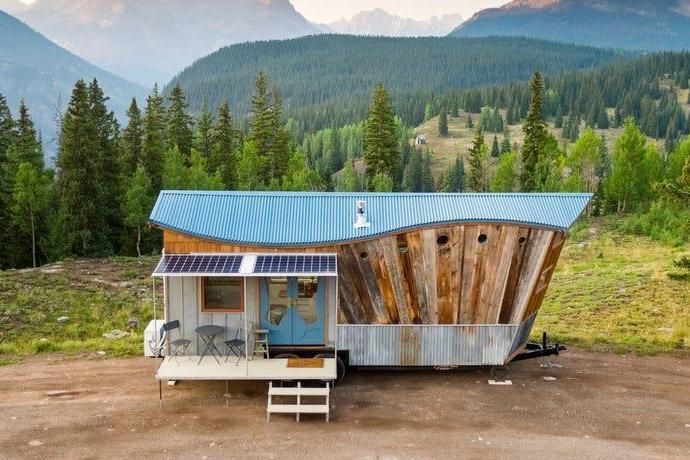 Architect reveals the steps that go into building a tiny house