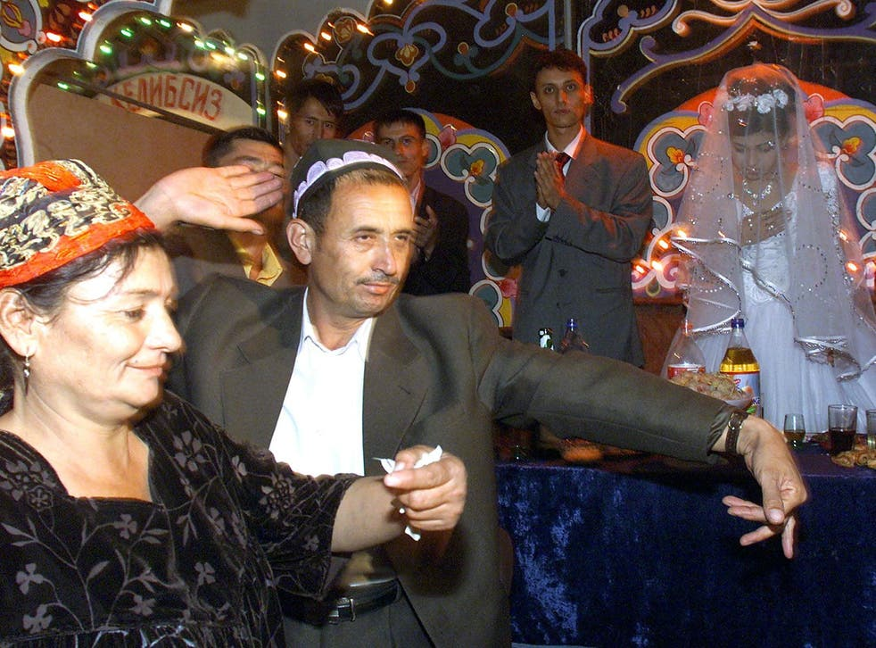 A wedding party in the southern Uzbek town of Termez