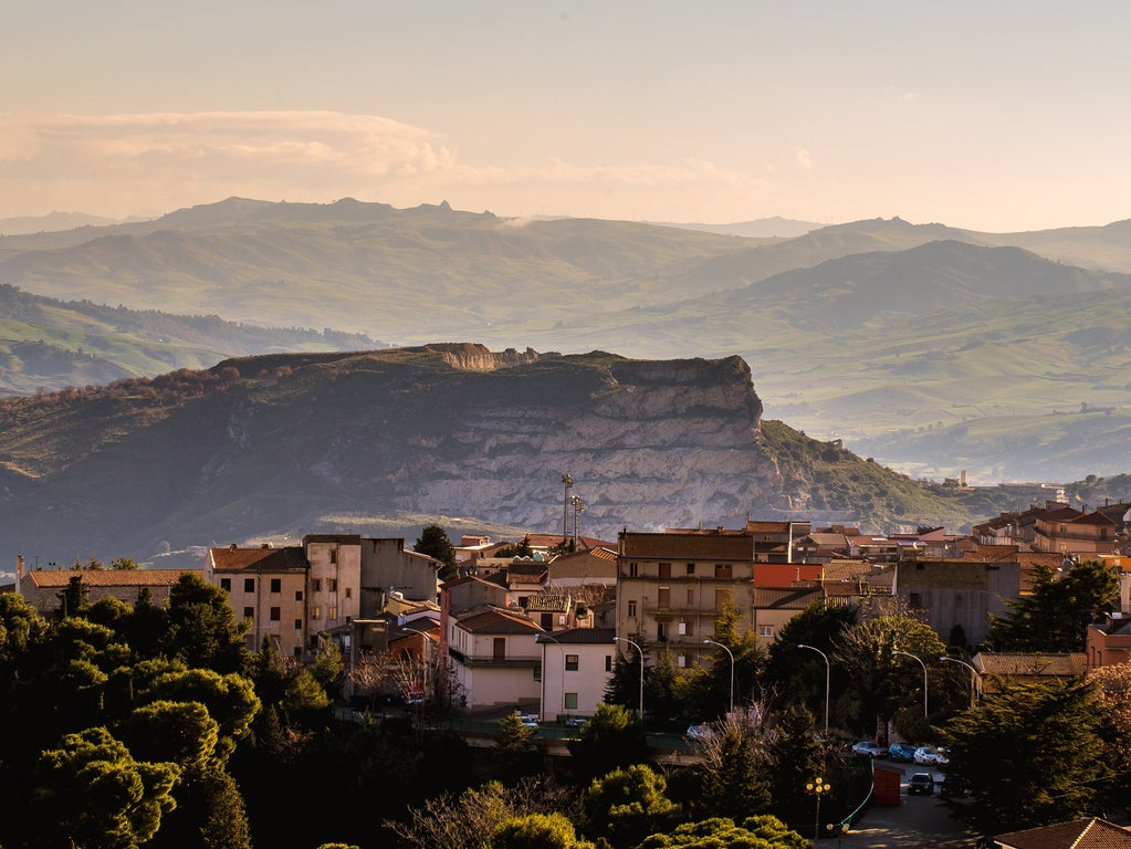 Idyllic Italian town gives away homes for free after buildings left abandoned