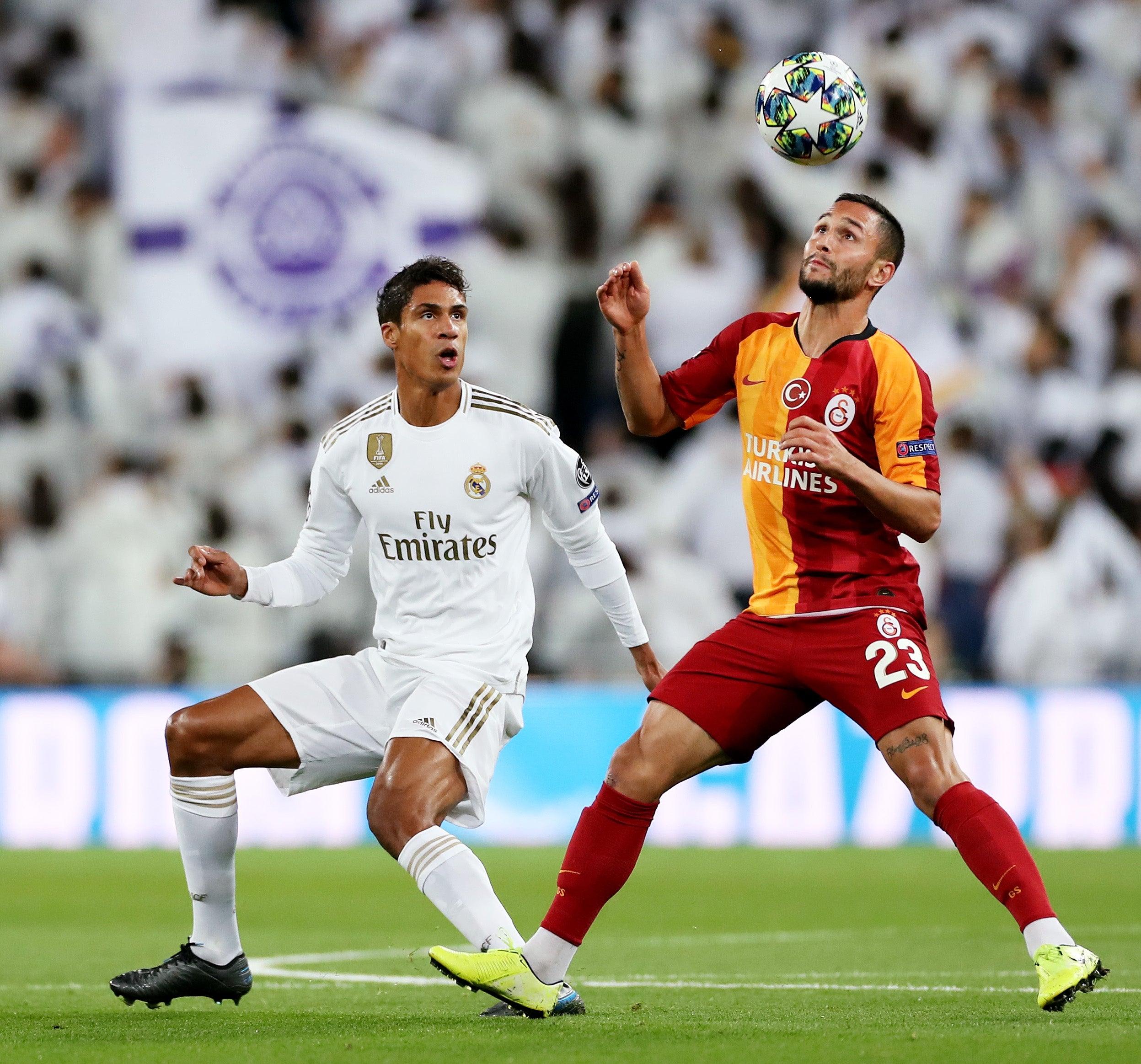 """Résultat de recherche d'images pour """"raphael varane en Ligue des champions Galatasaray"""""""