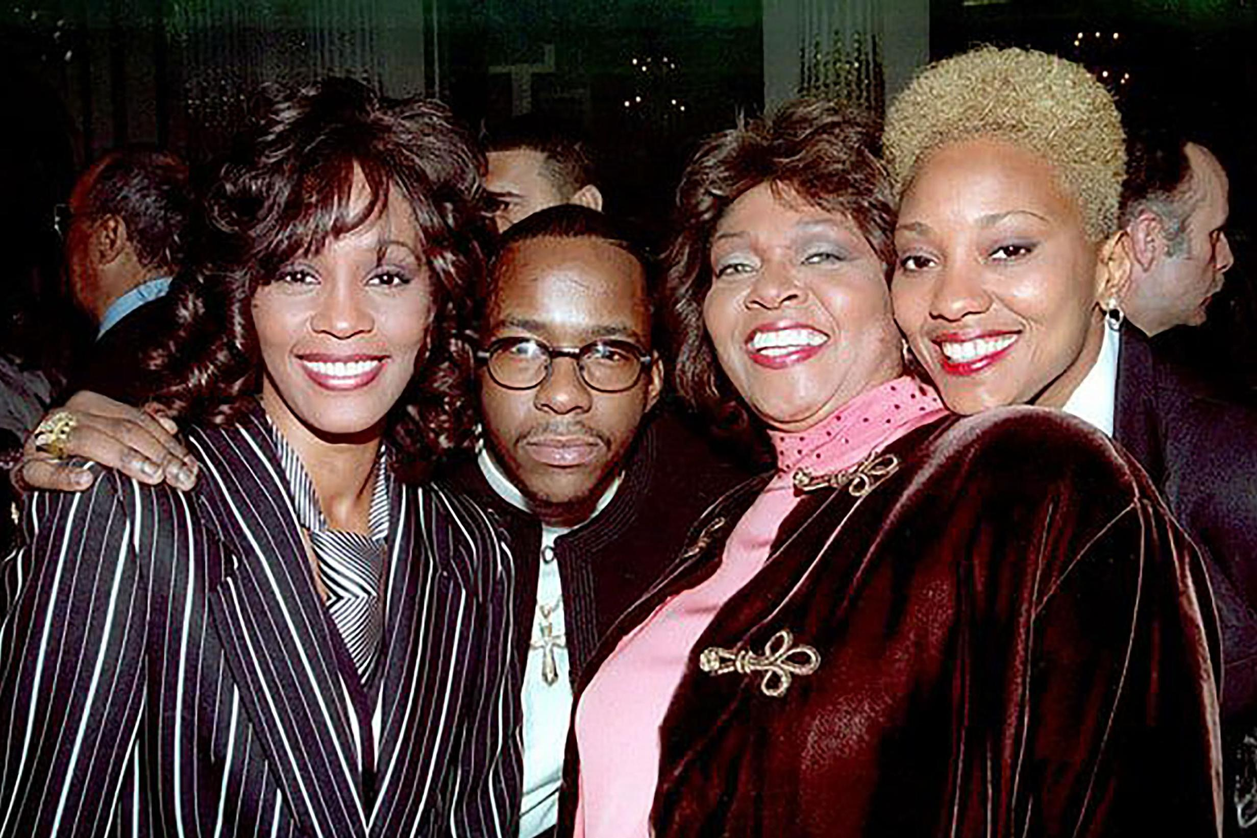 Whitney Houston's lifelong friend Robyn Crawford says they had sexual relationship