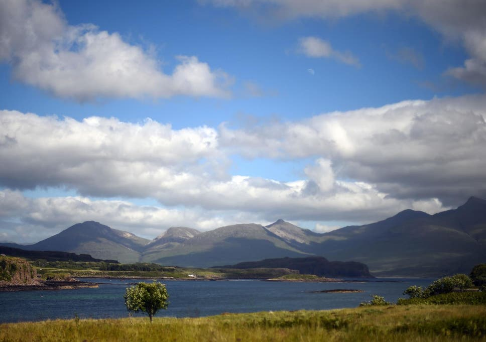 Population Of Tiny British Island Could Soar By 6 000 Per