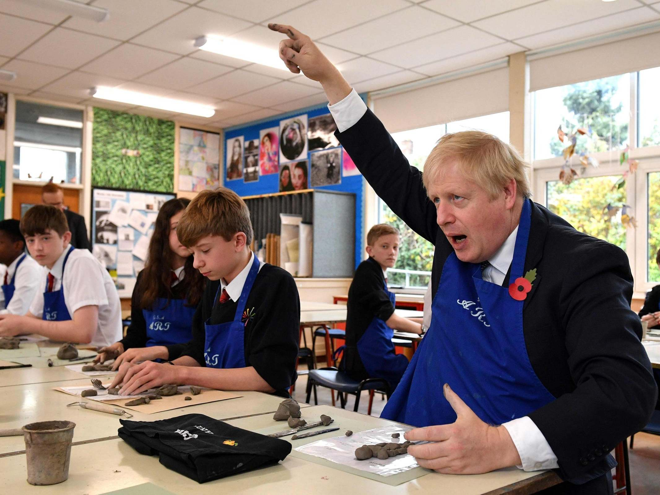 Boris Johnson news – live: PM rambles about Anthony Gormley to school children, after contradicting own government in false Brexit claims to supporters