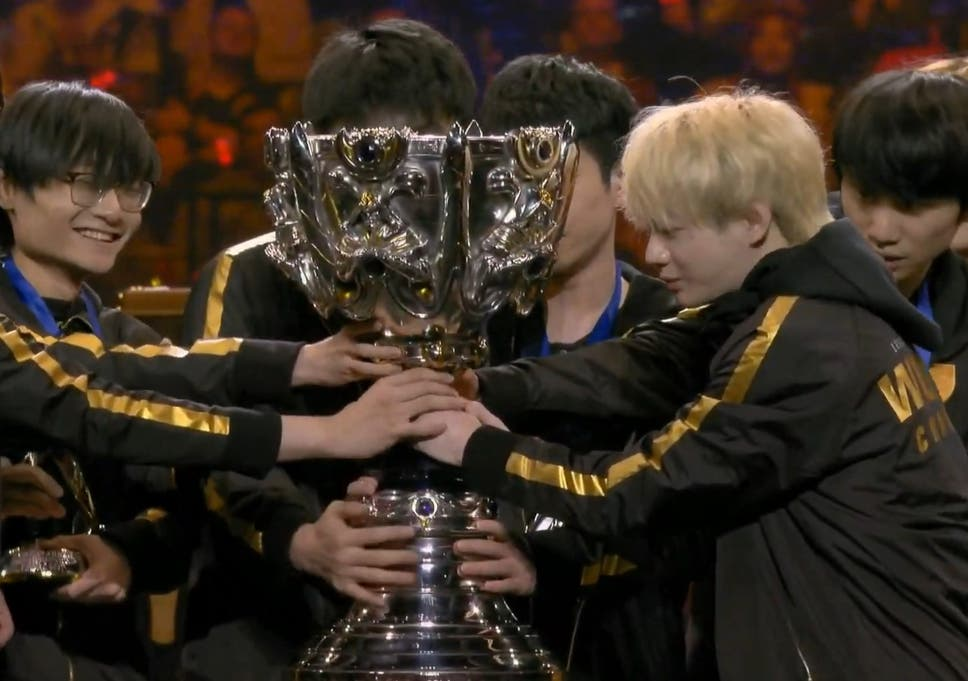 Chinas Fpx Wins 2019 League Of Legends World Championship