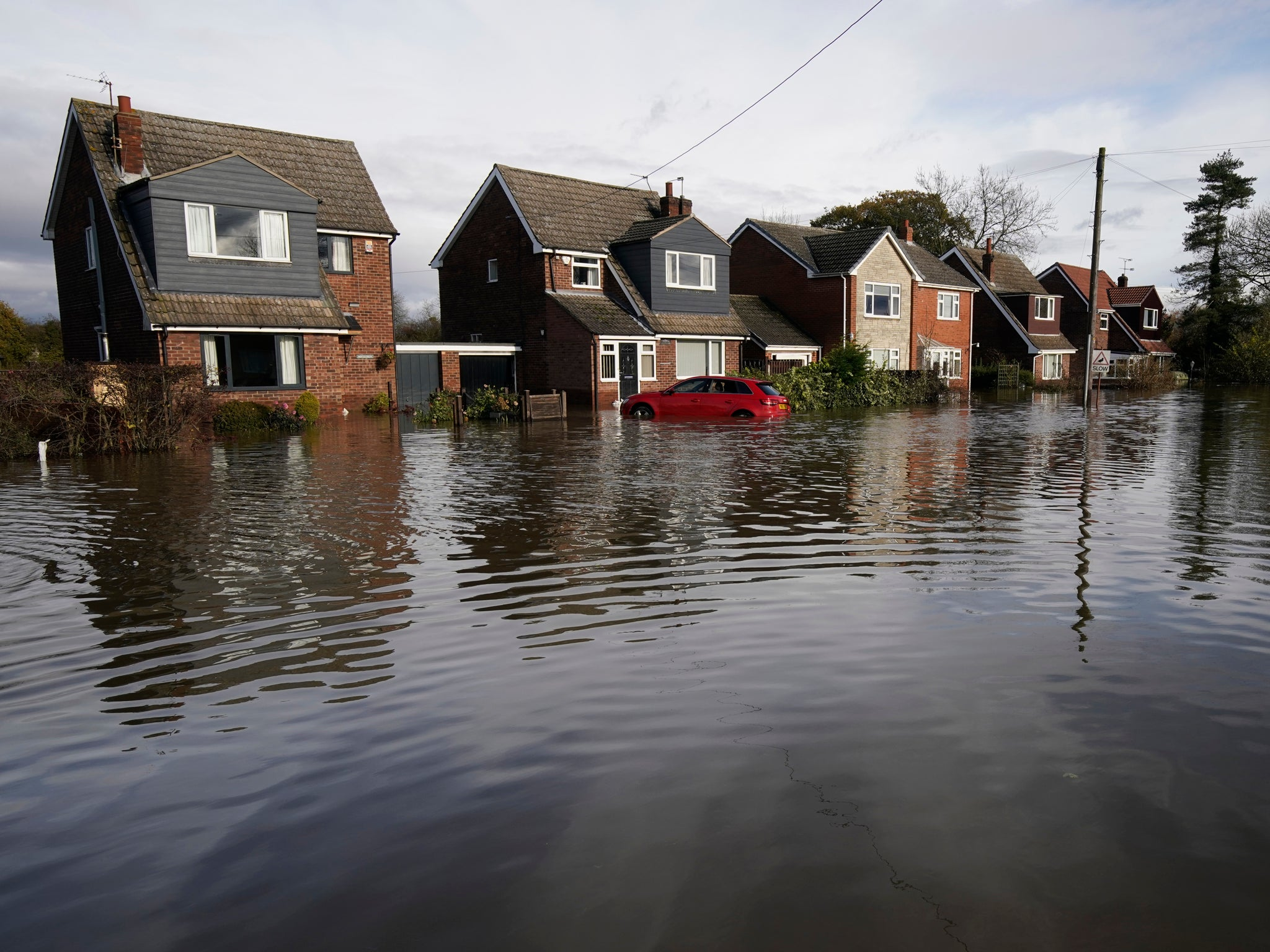 UK weather: Boris Johnson to chair emergency Cobra meeting about floods as Britons warned about 'danger to life' over heavy rain