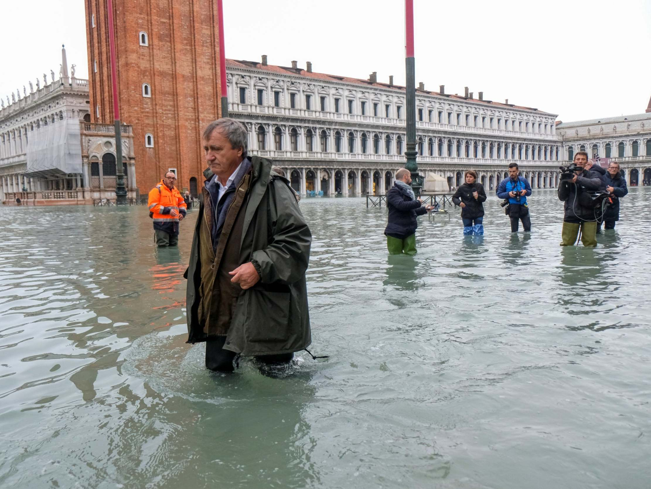 Venice flooding news – live: State of emergency demanded by mayor as water approaches record levels