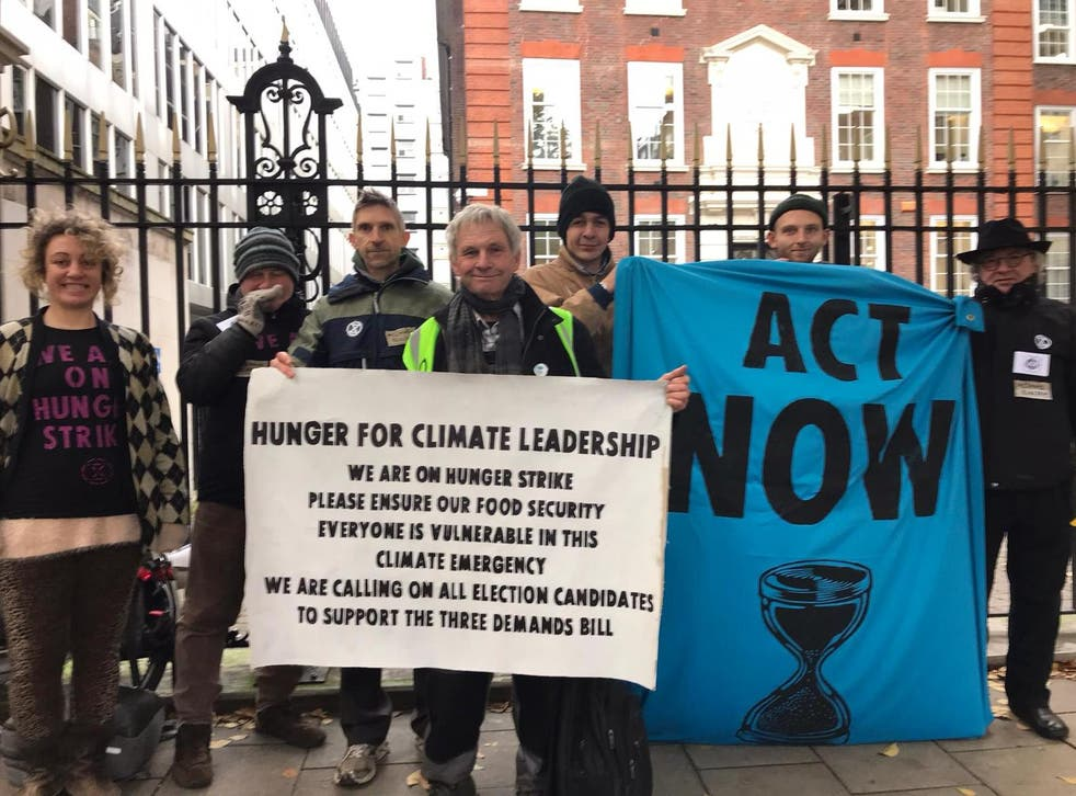 Extinction Rebellion says over 200 protesters have signed up to join the hunger strike