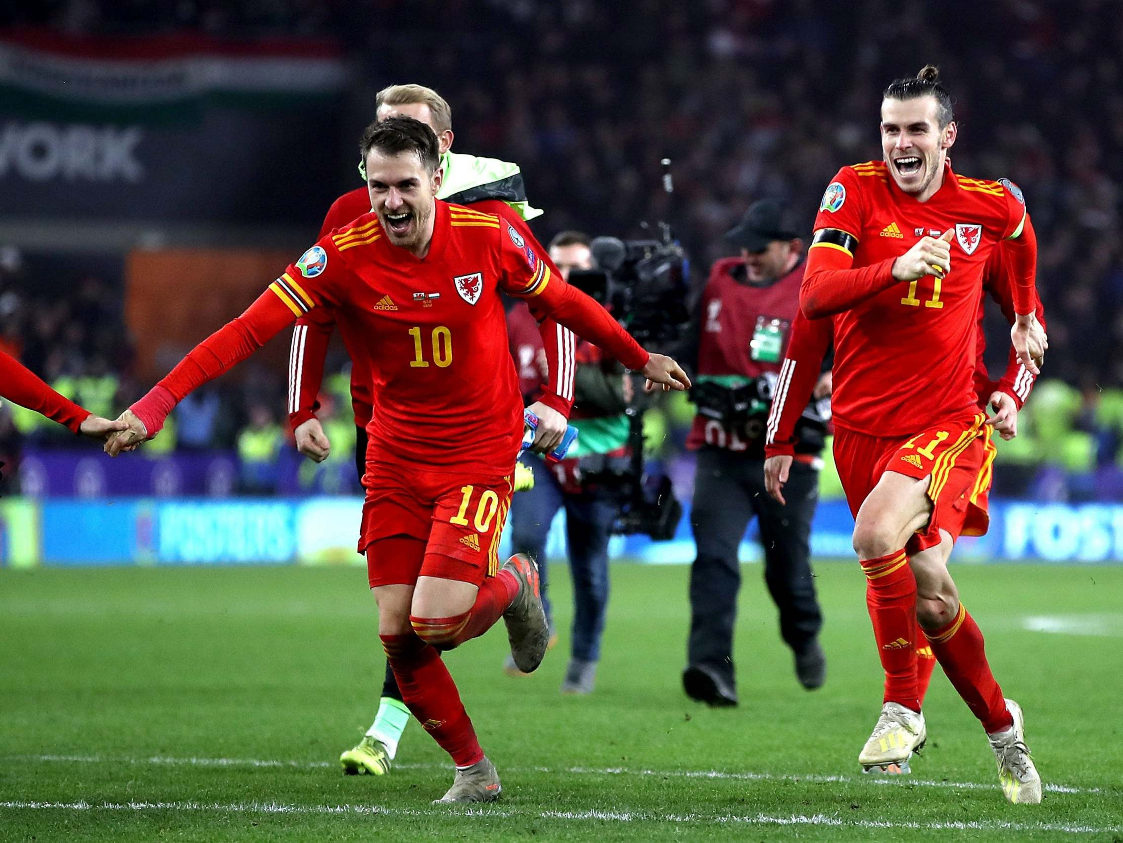 Wales vs Hungary result: Aaron Ramsey double secures Euro 2020 spot for Red Dragons