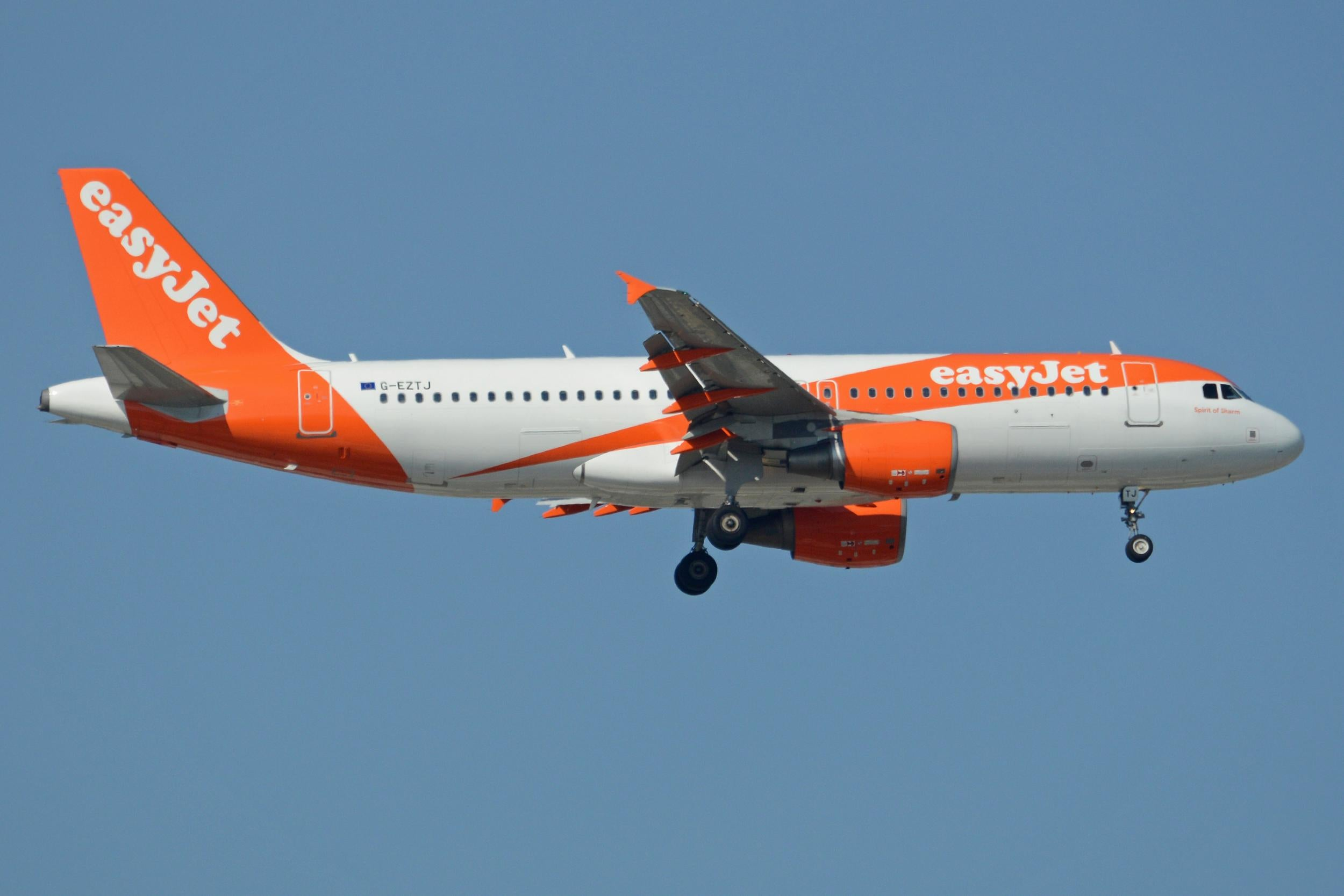EasyJet flight comes within 20 metres of hitting drone