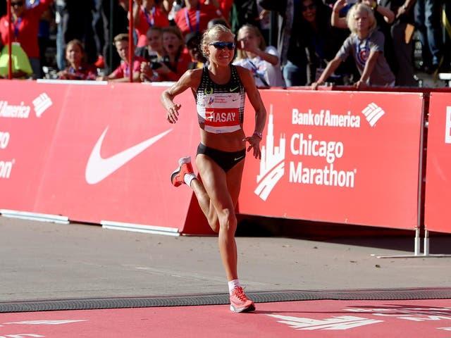 Jordan Hasay crosses the line in the 2017 Chicago Marathon
