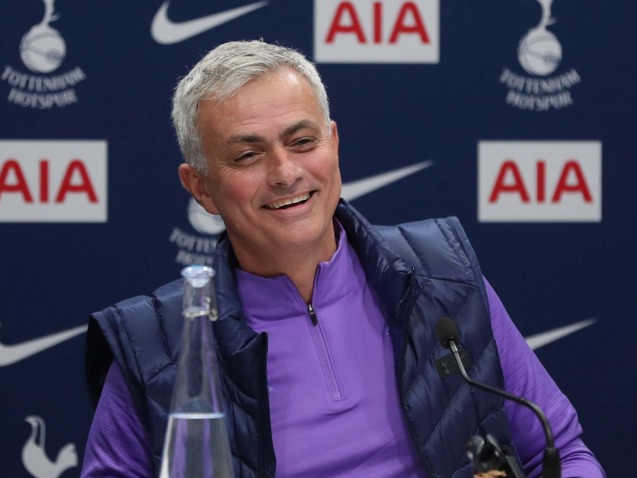 Jose Mourinho dusts off old charm in bid to win over hearts and minds at Tottenham