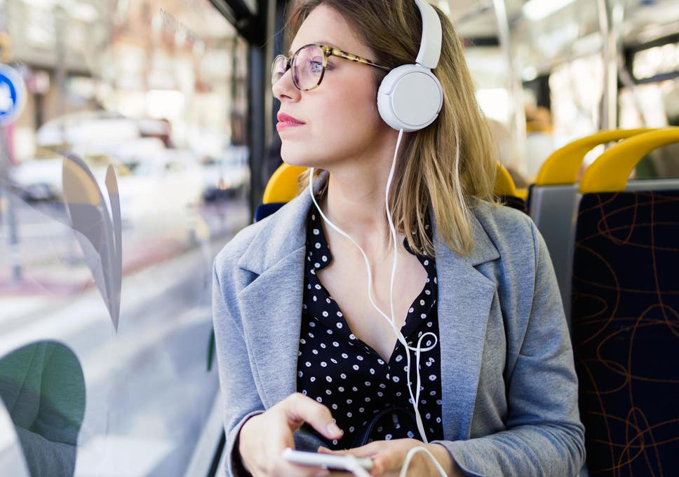 Best Audiobooks 2020.Audiobooks Predicted To Overtake Uk Ebook Sales In 2020