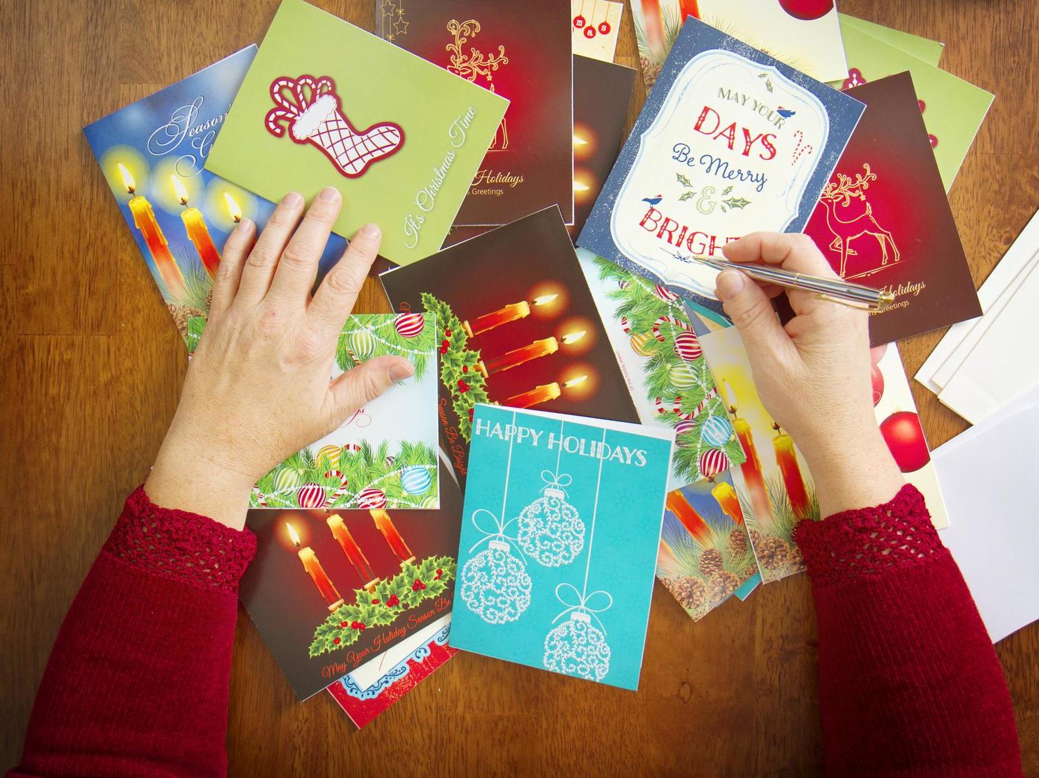 Parents Outraged After Primary School Bans Children From Sending Christmas Cards The Independent The Independent