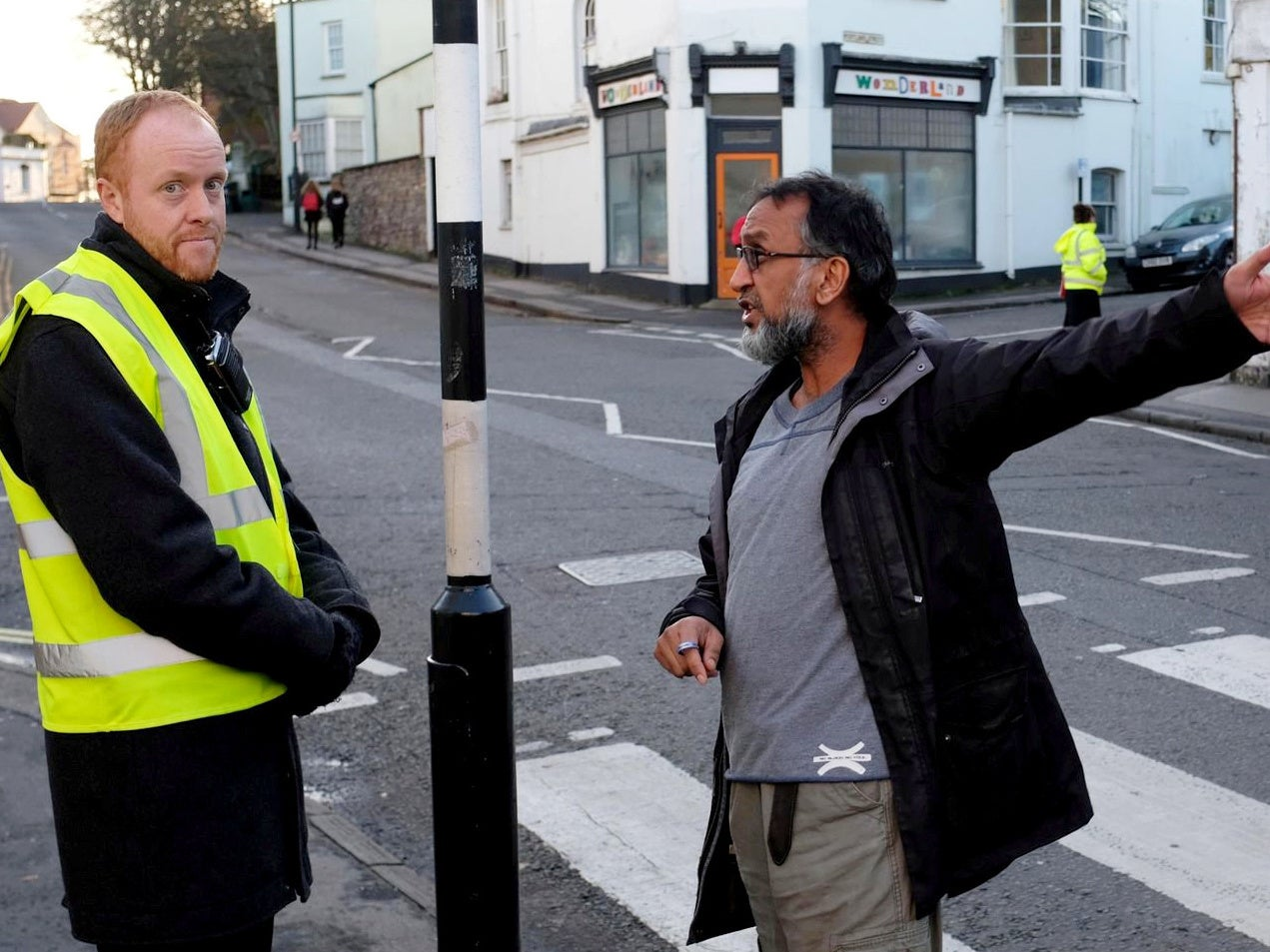 Chip shop owner calls police on school staff for stopping pupils buy…