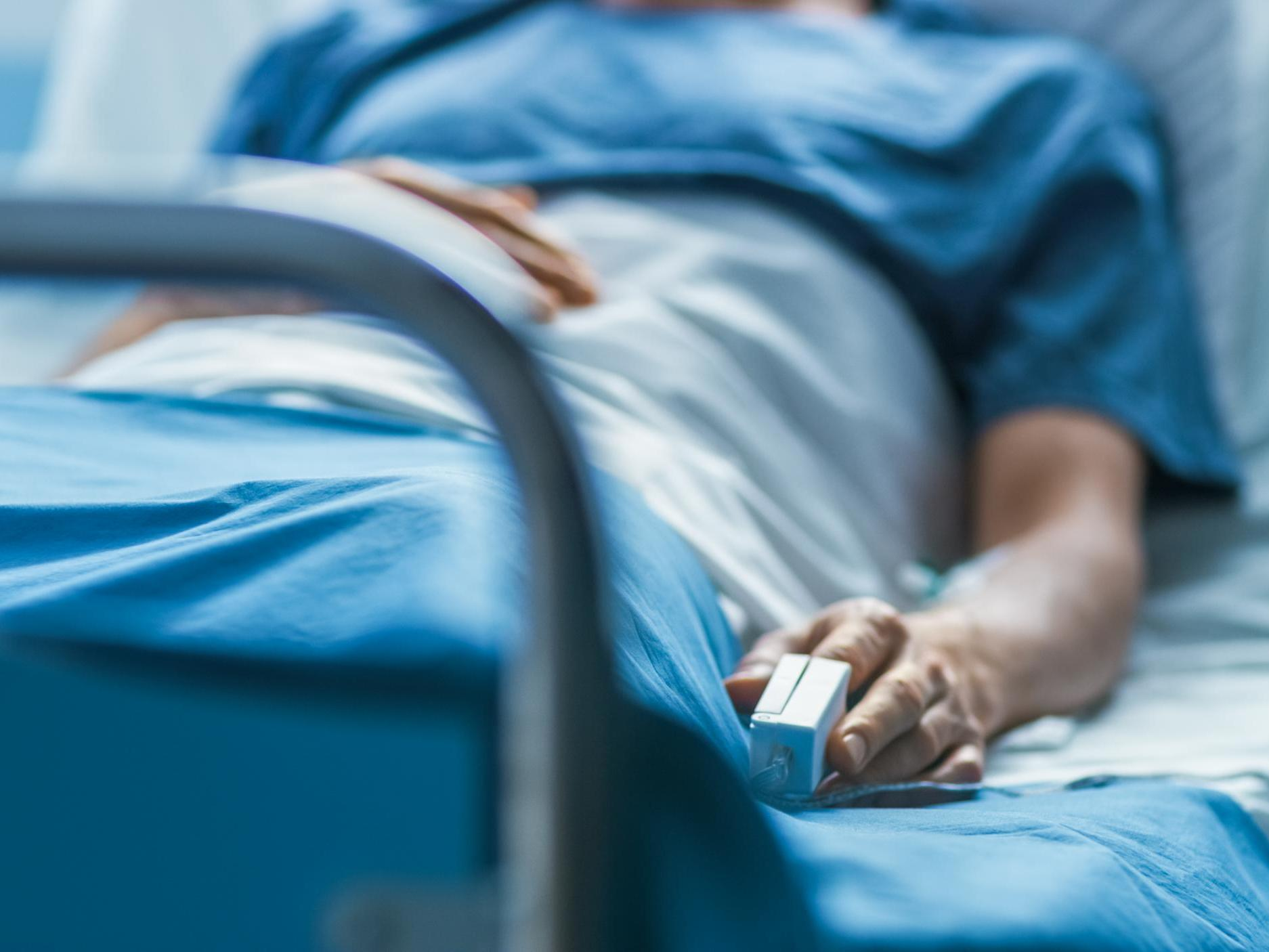 Two patients die after hospitals ignore key safety warning