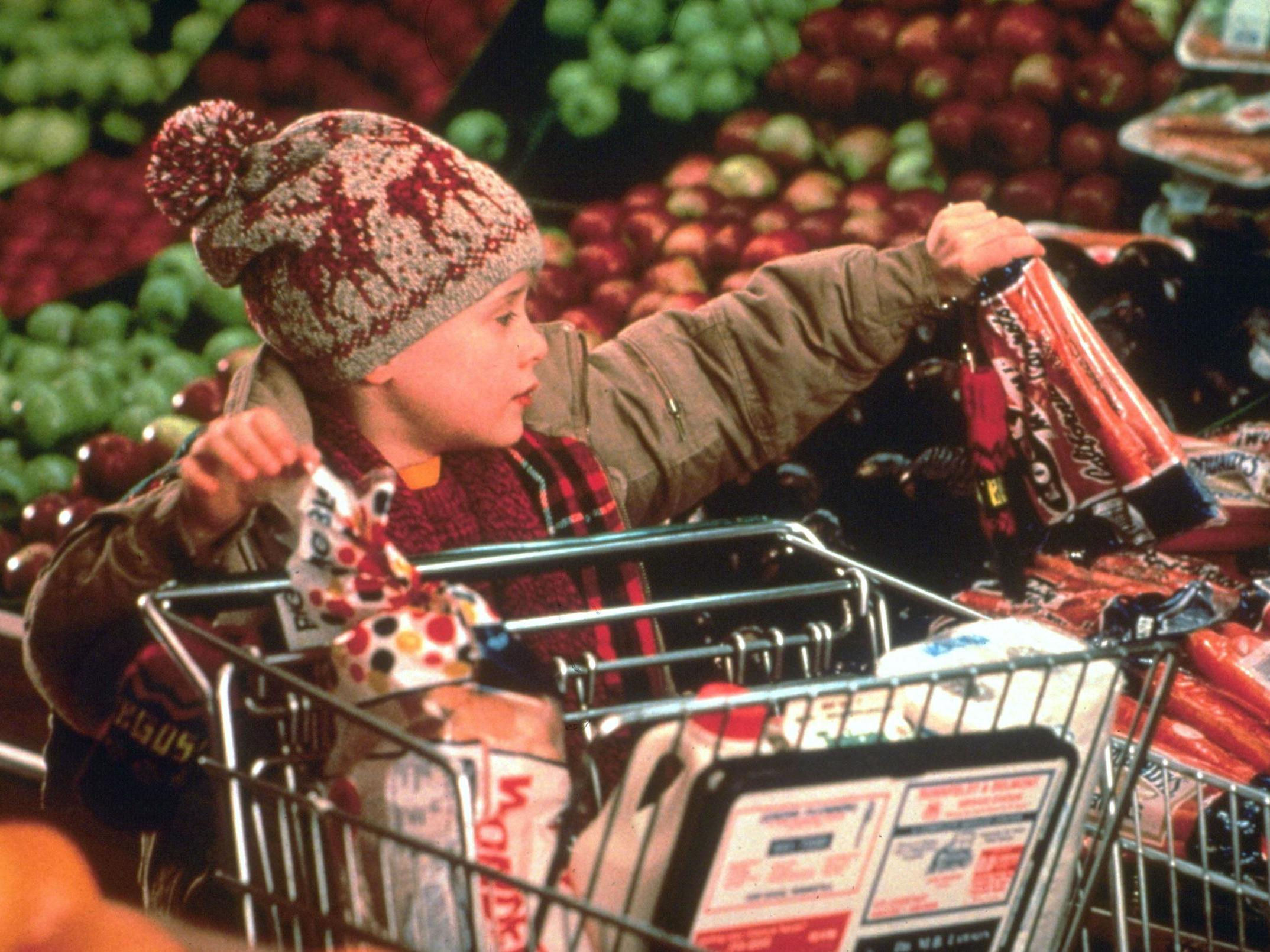 Christmas opening times for Tesco, Sainsbury's, Aldi and Lidl, including New Year | The IndependentShape