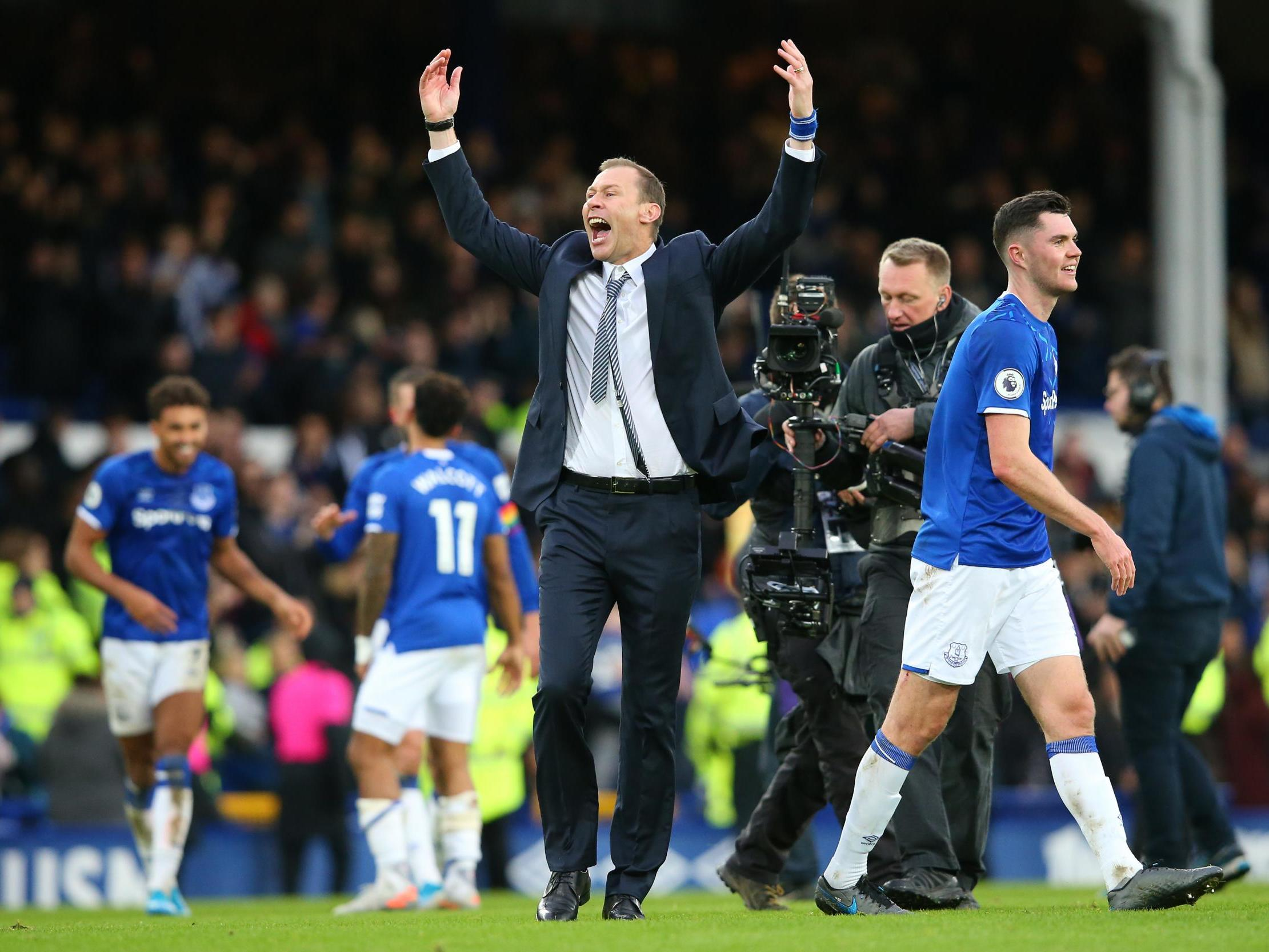 Everton vs Chelsea result: Hosts move out of relegation ...