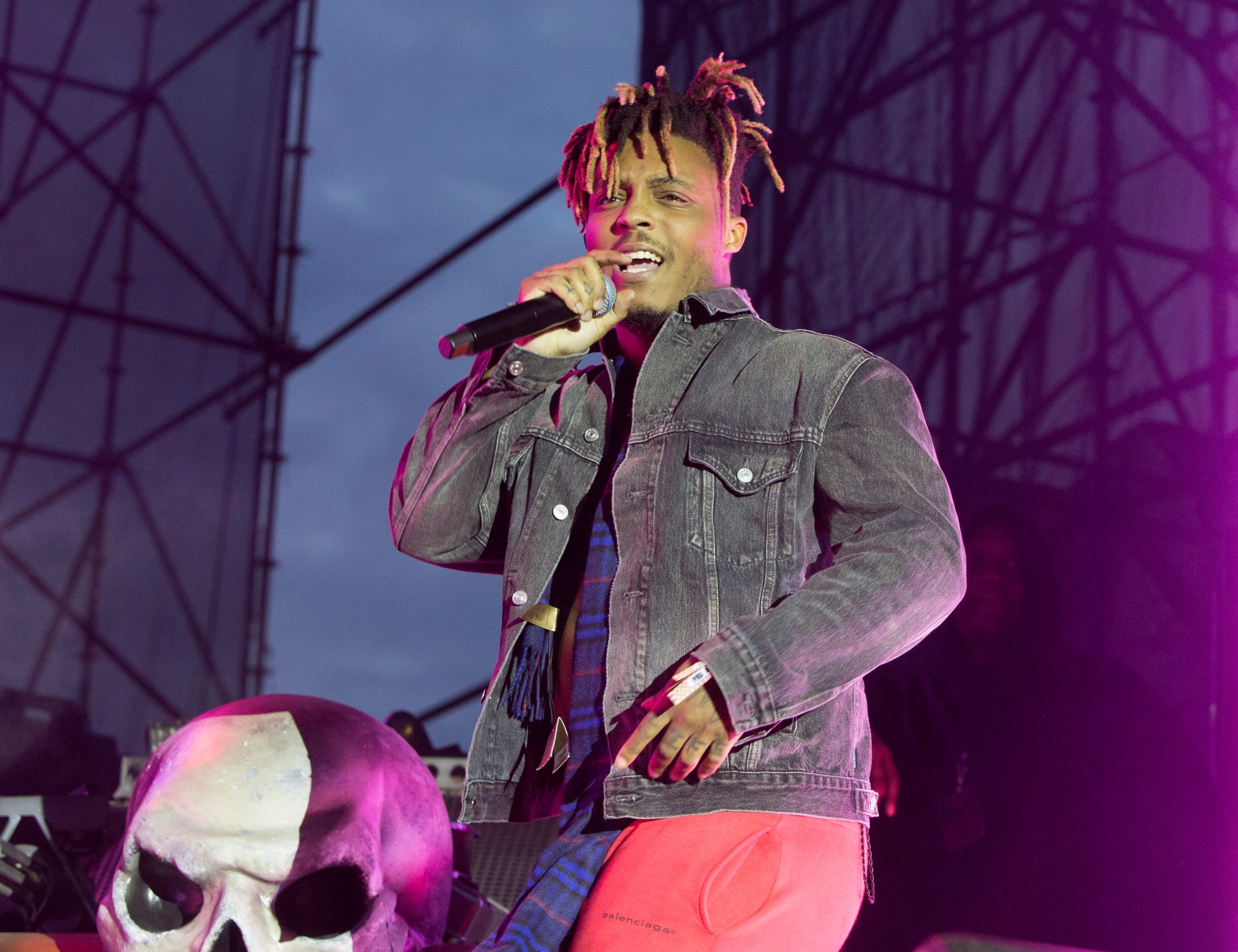 Rapper Juice Wrld was given opioid antidote by federal agent before he died, police say