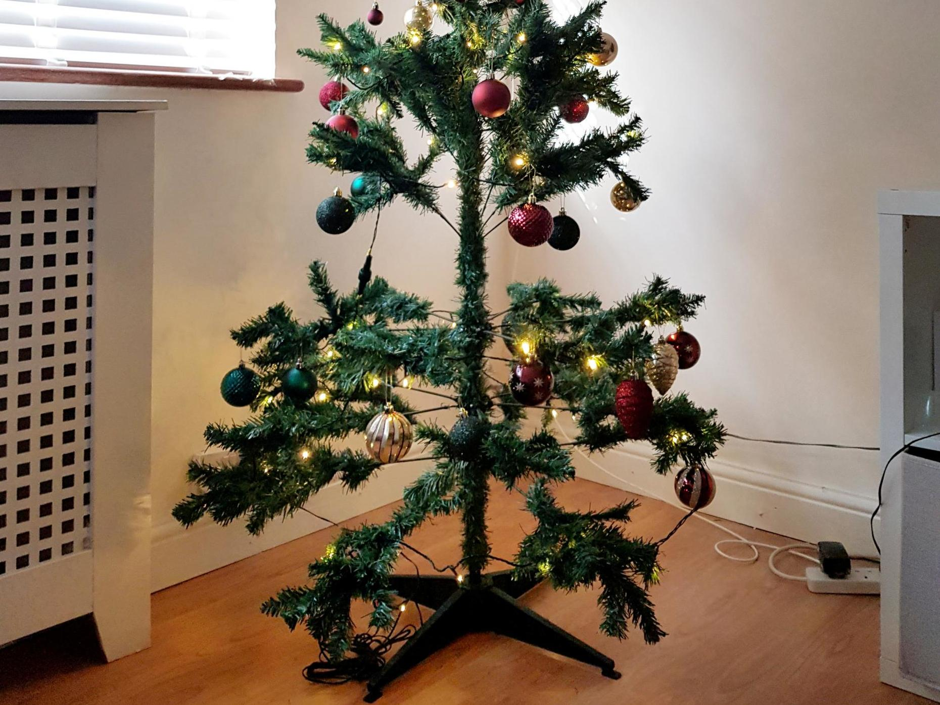 Mum accuses Marks & Spencer of false advertising after buying 'awful' Christmas tree online