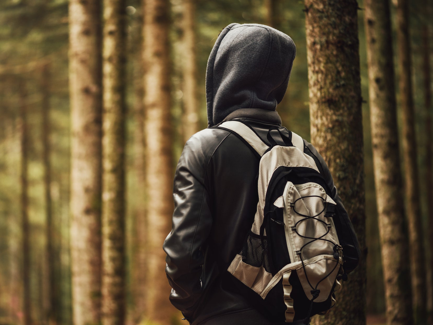 School bans students from wearing hoodies because they 'can be intim…