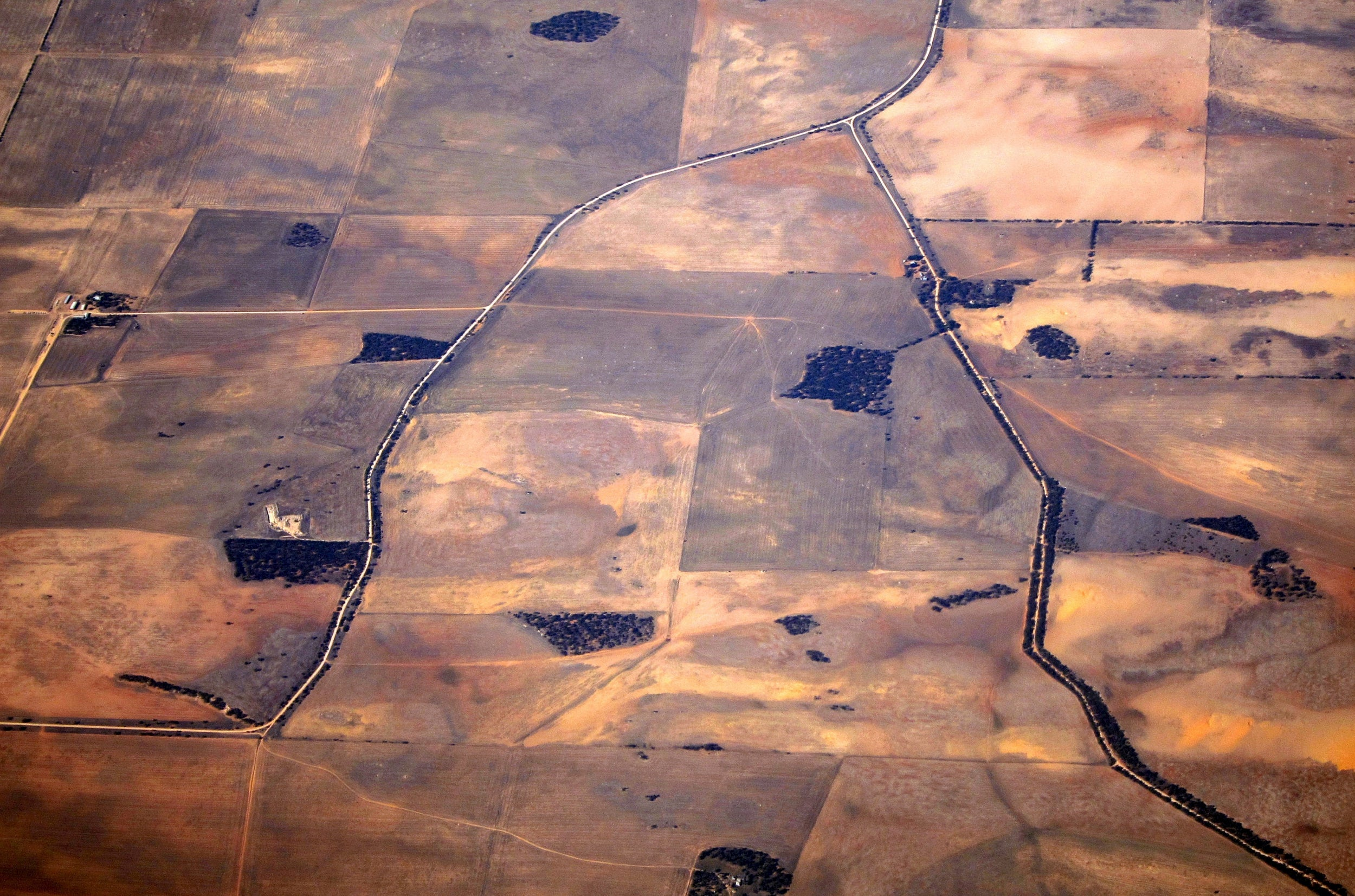 At least 25,000 litres of drinking water stolen amid Australia drought