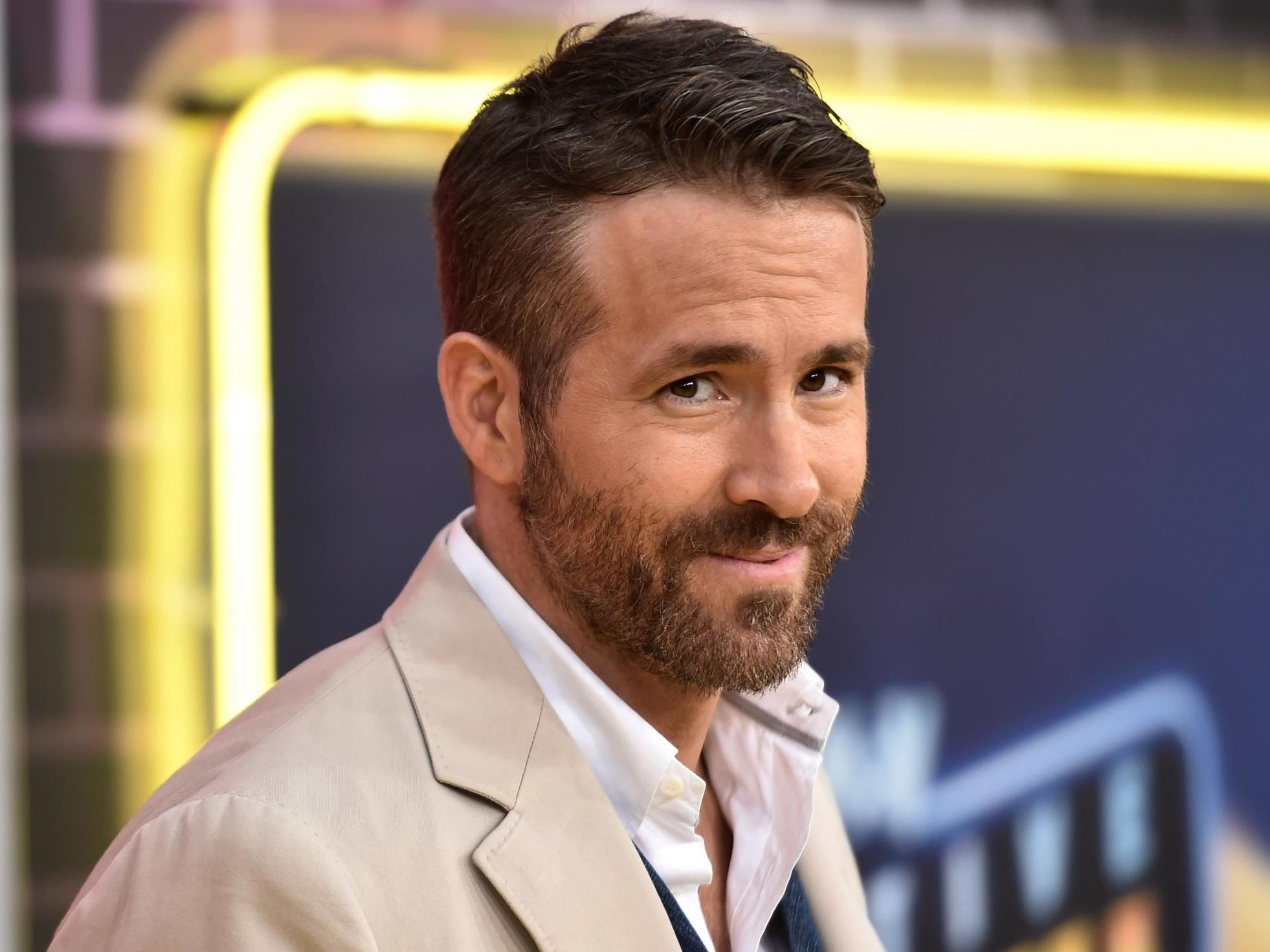 Ryan Reynolds dismisses Scorsese's Netflix and phones argument: 'Watch on whatever f***ing device you want'