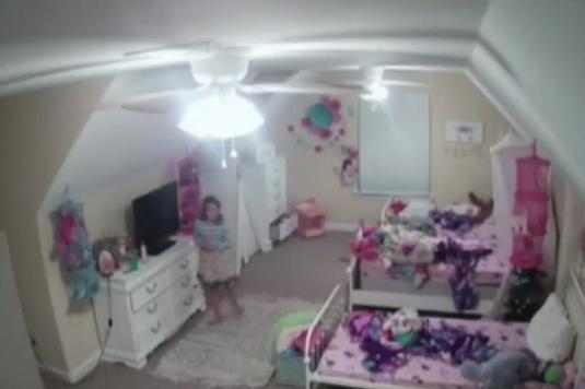 Russian mama talks to a mate on web camera