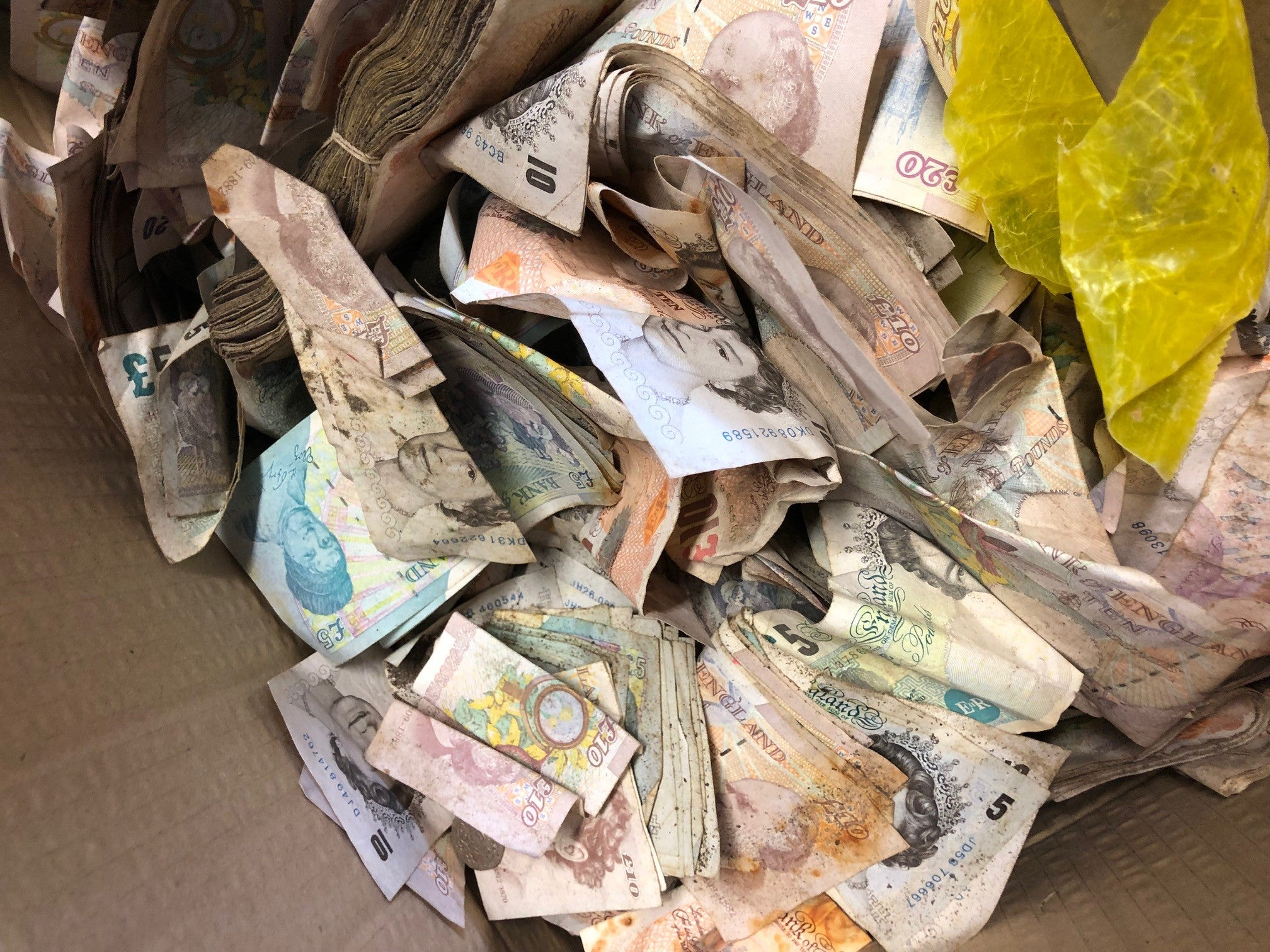 Scrapyard which found £20,000 in old safe to give cash to charity