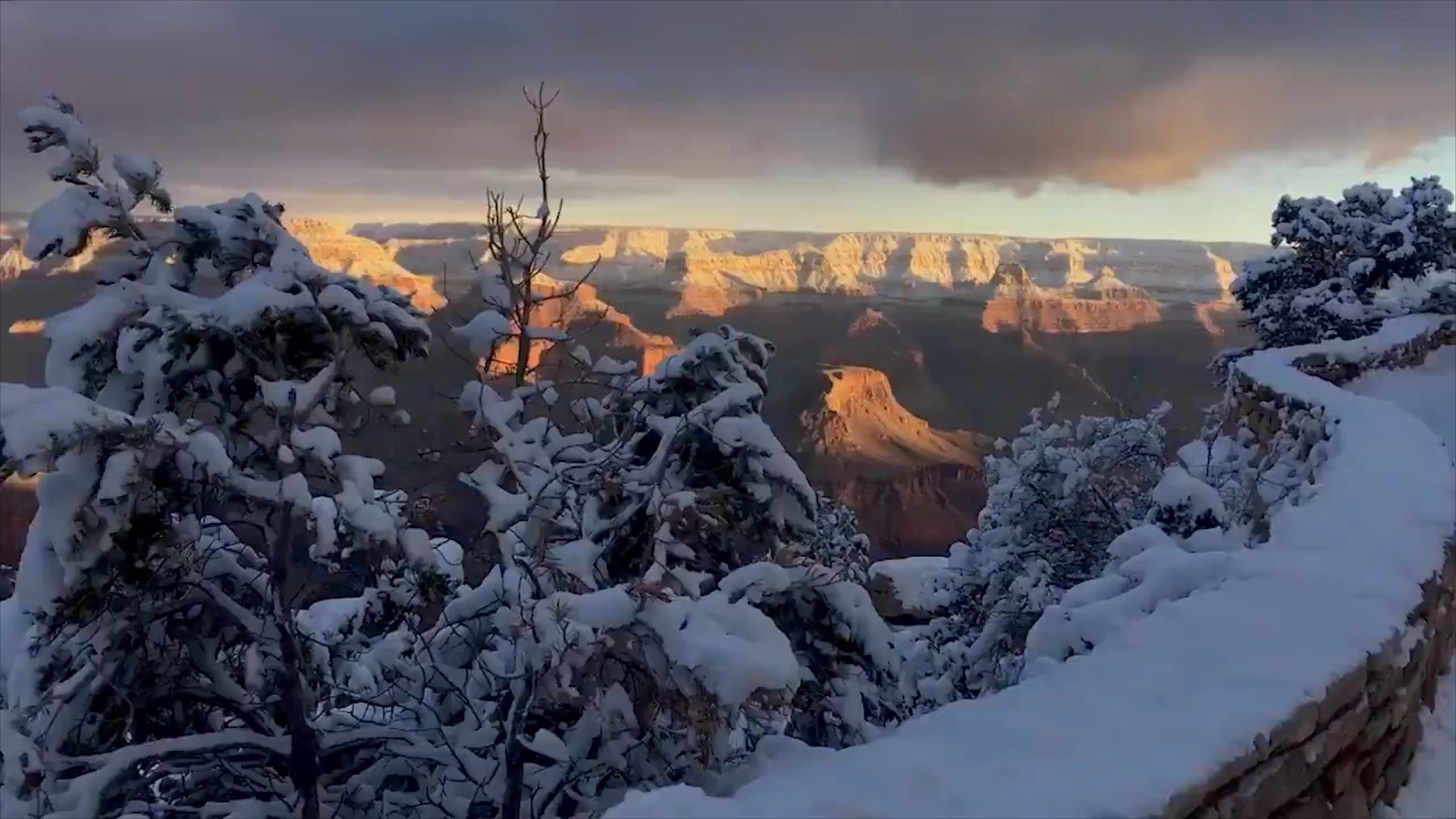 The Grand Canyon Has Been Blanketed By Snow And It Looks