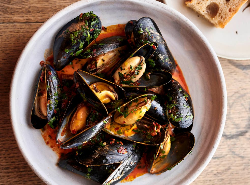 The bowl of nduja mussels, with the mollusc flesh, is happily overwhelmed by the heat from the sausage