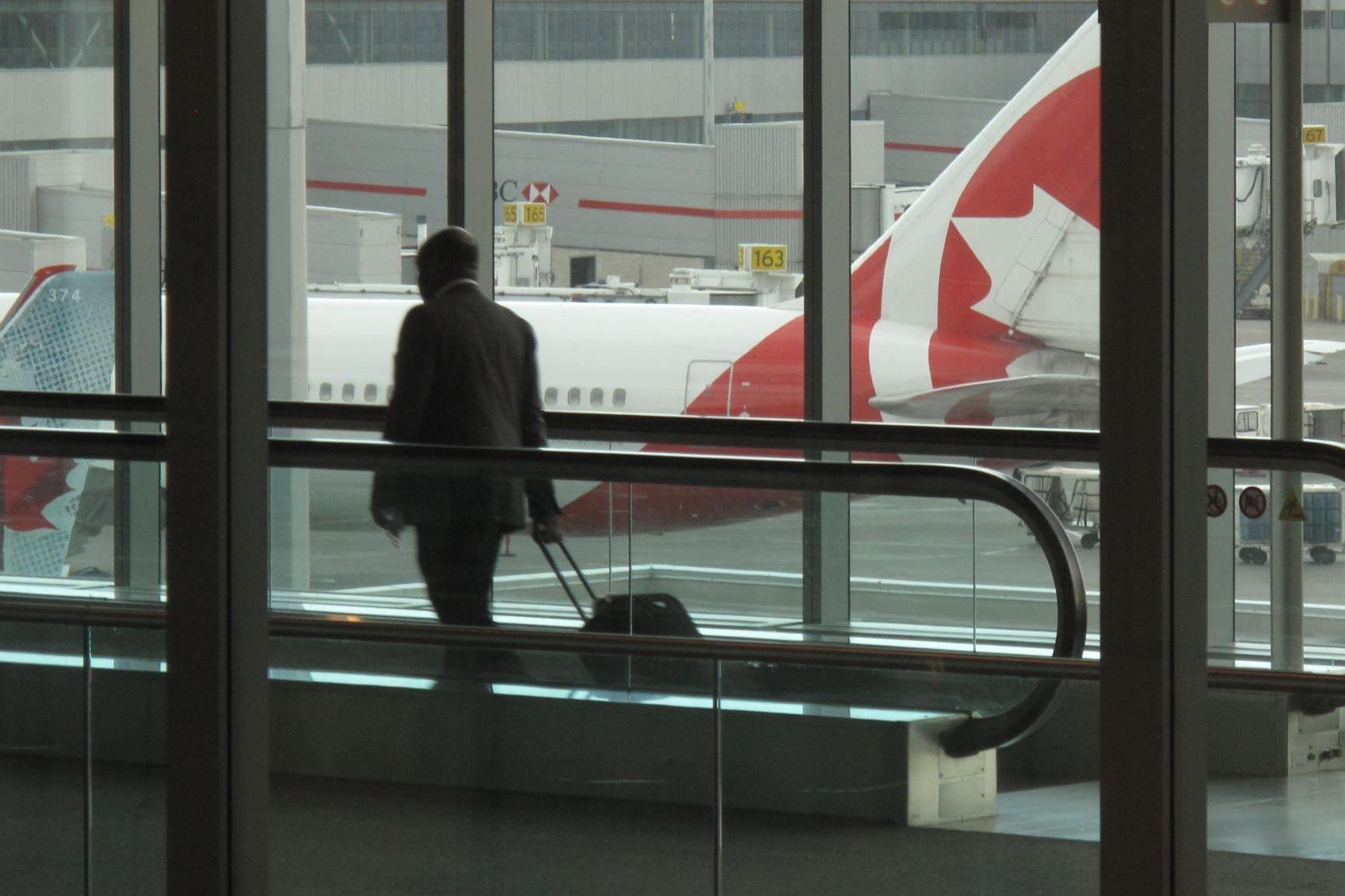 Coronavirus Air Canada Insists On Pre Flight Customer Temperature Checks The Independent The Independent